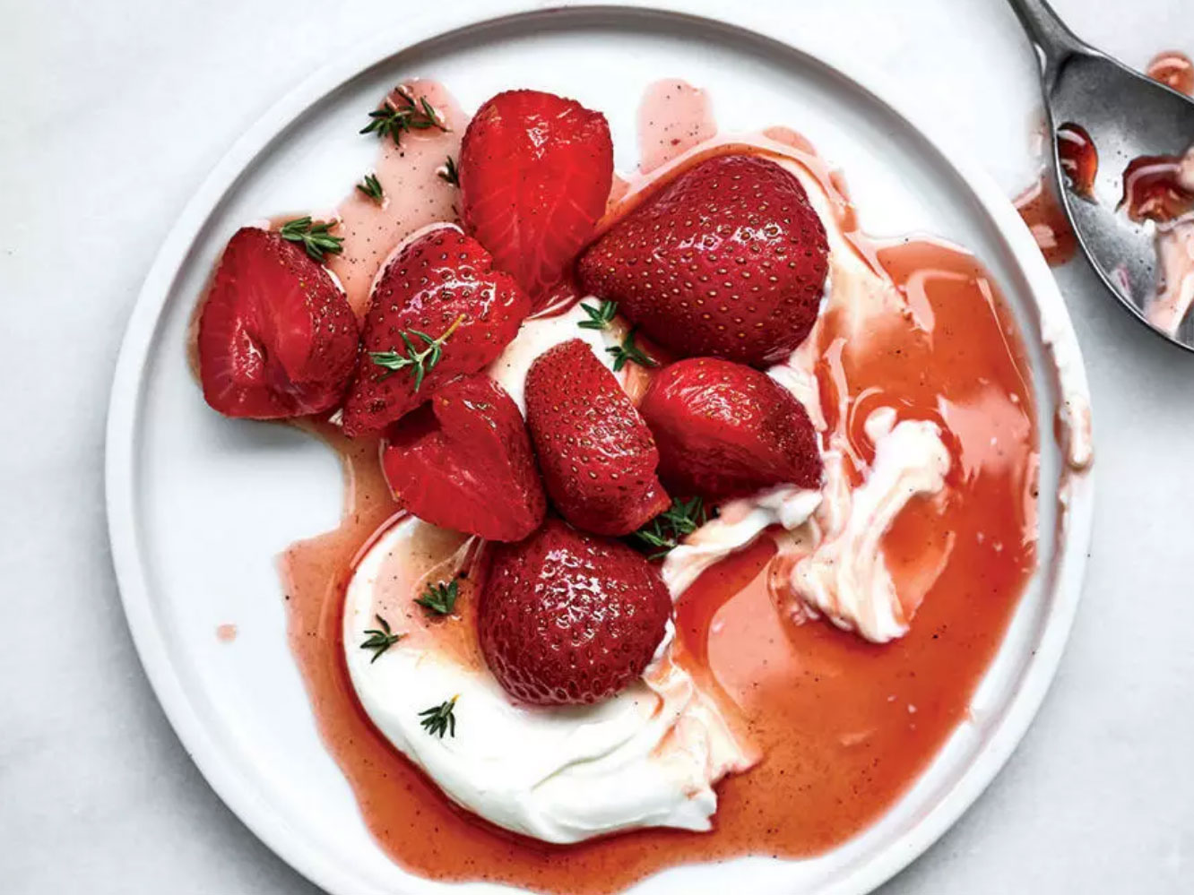 Rosé-Poached Berries Are the Warm Weather Dessert You Deserve