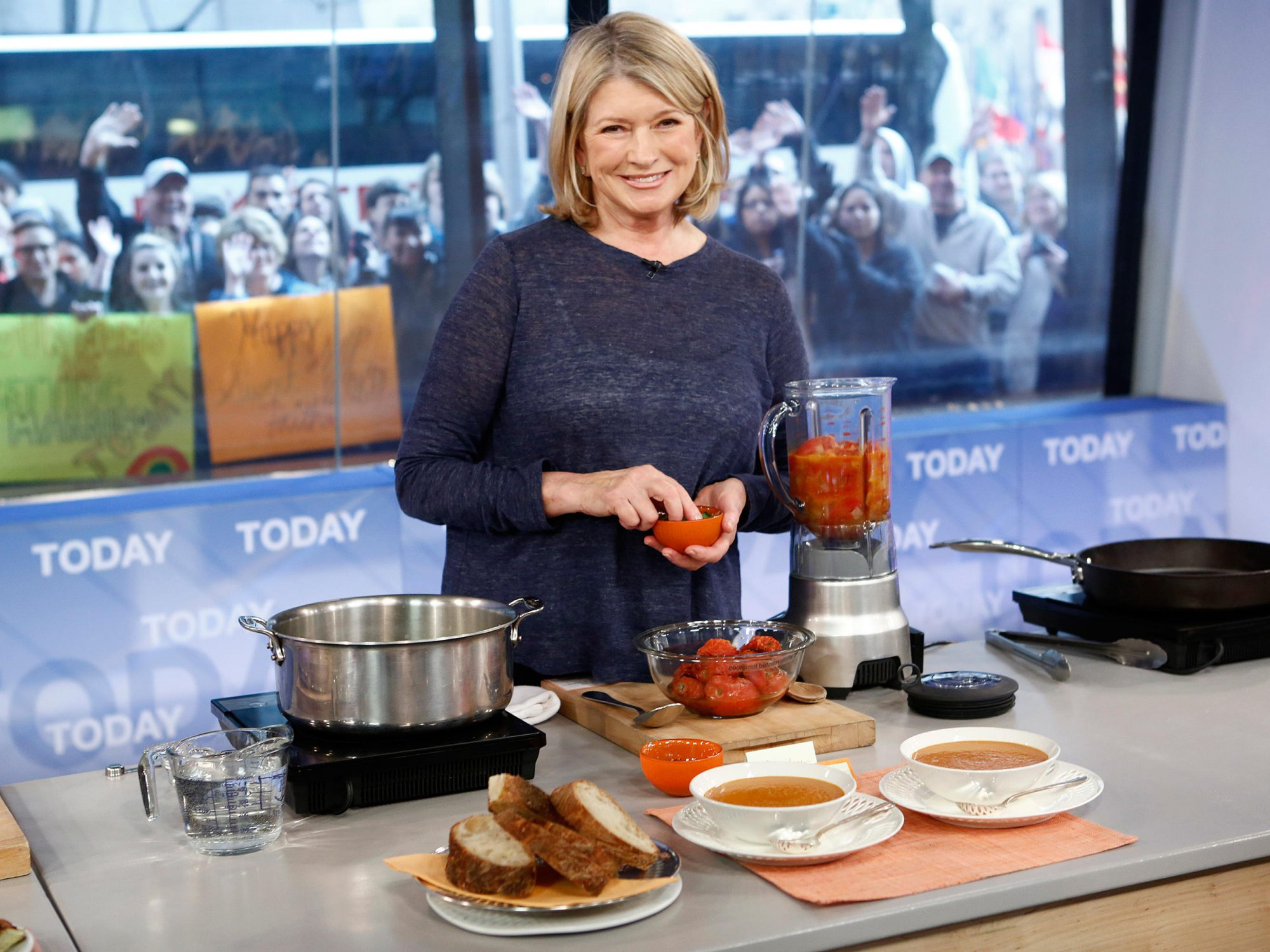 4 Surprising Things Martha Stewart Does to Stay Healthy and Look Younger 1804w-Martha-Stewart