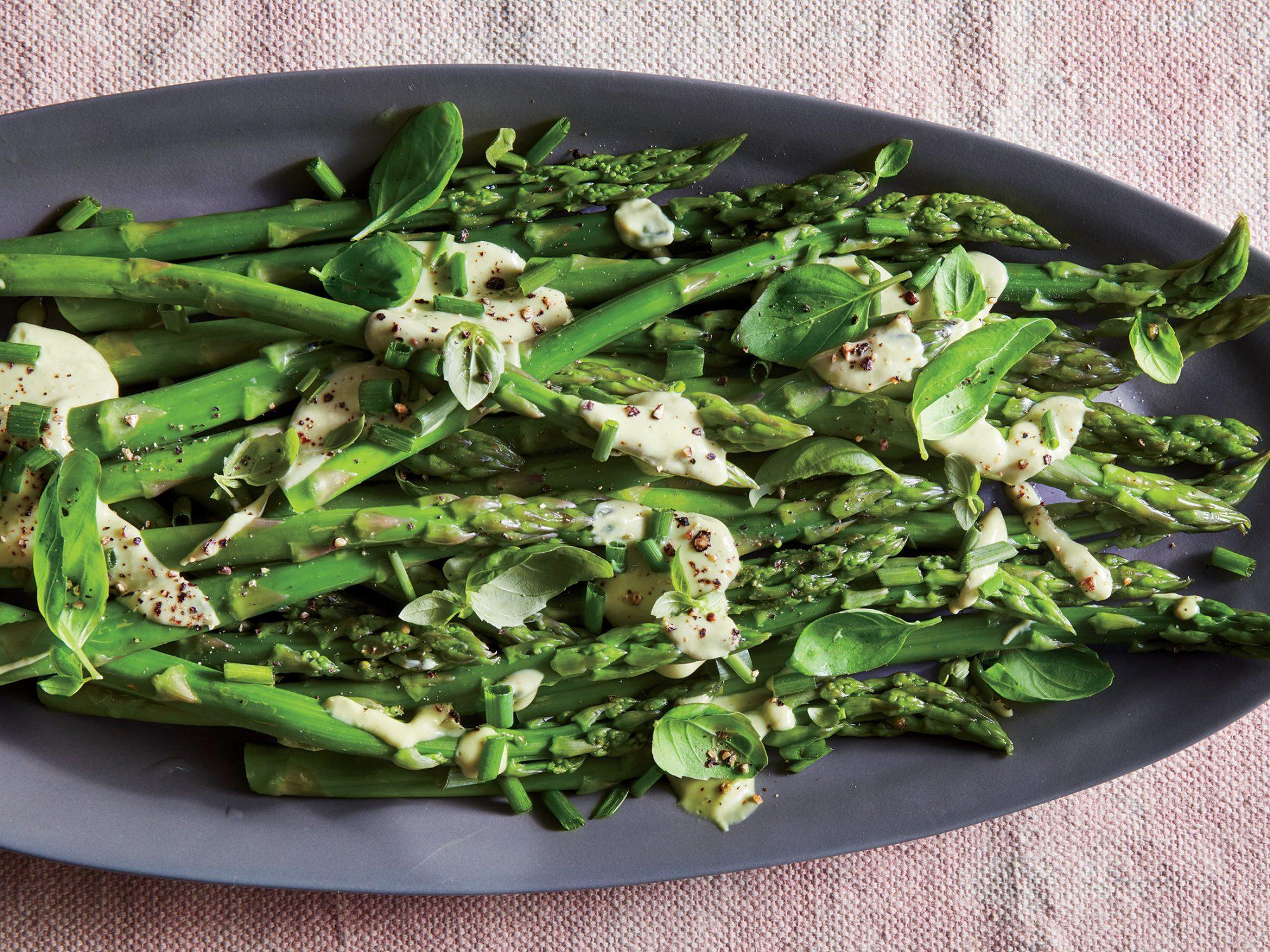 Asparagus with Avocado-herb Dressing