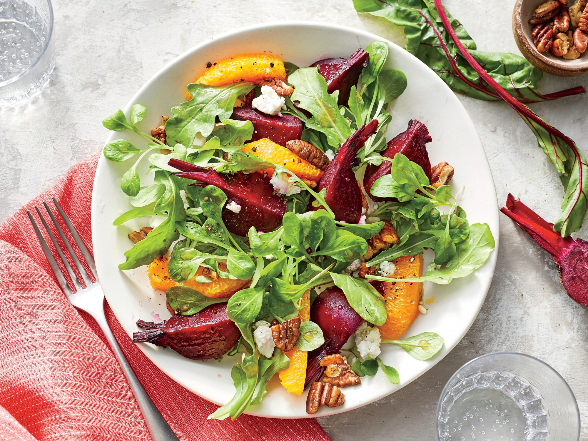 sl-Beet-and-Orange Salad with Spiced Pecans
