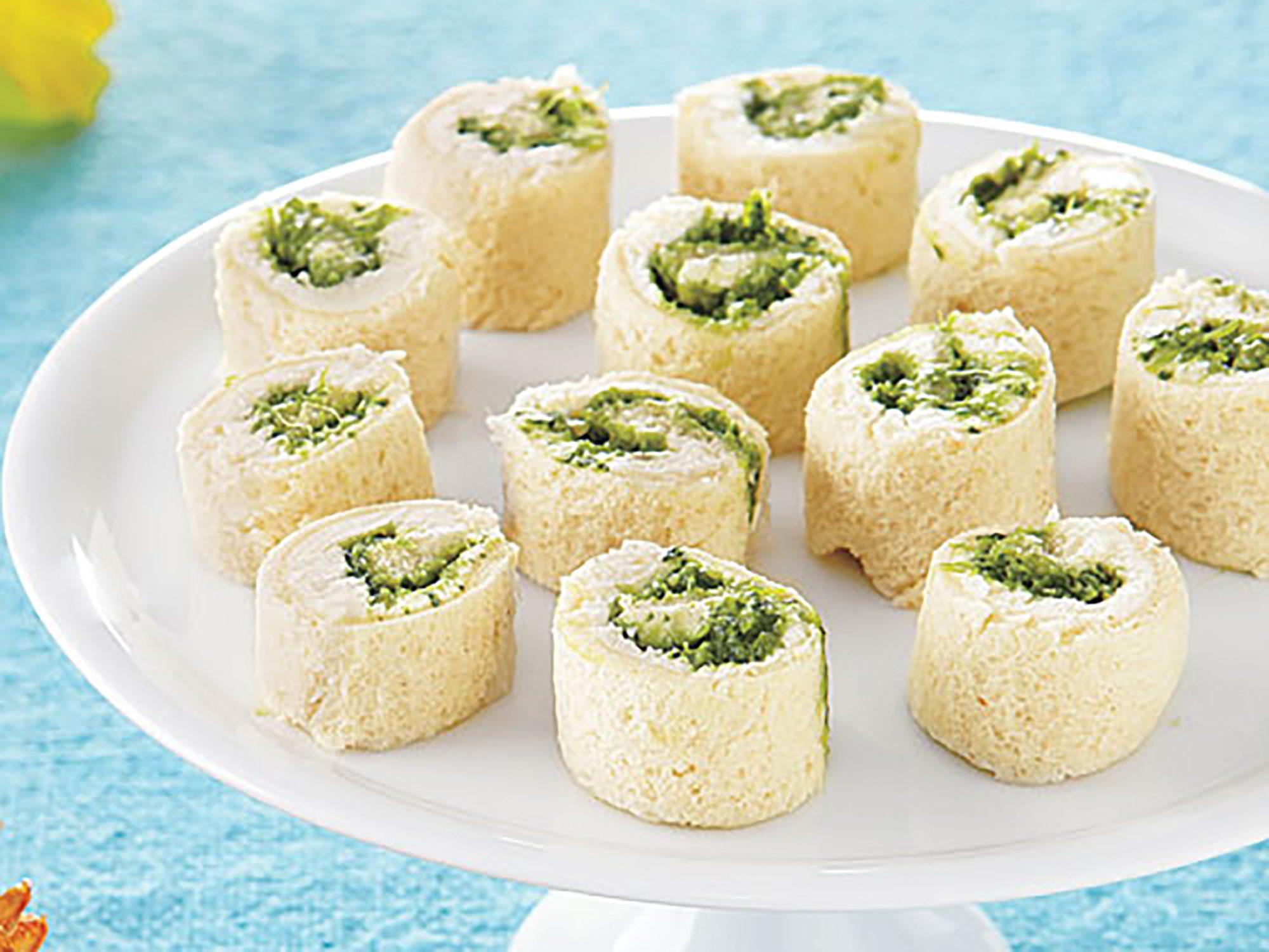 ay-Creamy Pesto Pinwheels