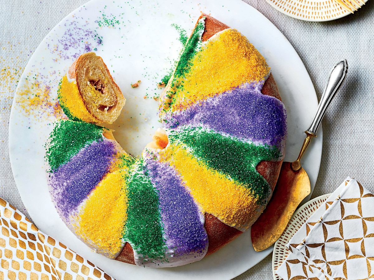 Praline-Cream Cheese King Cake