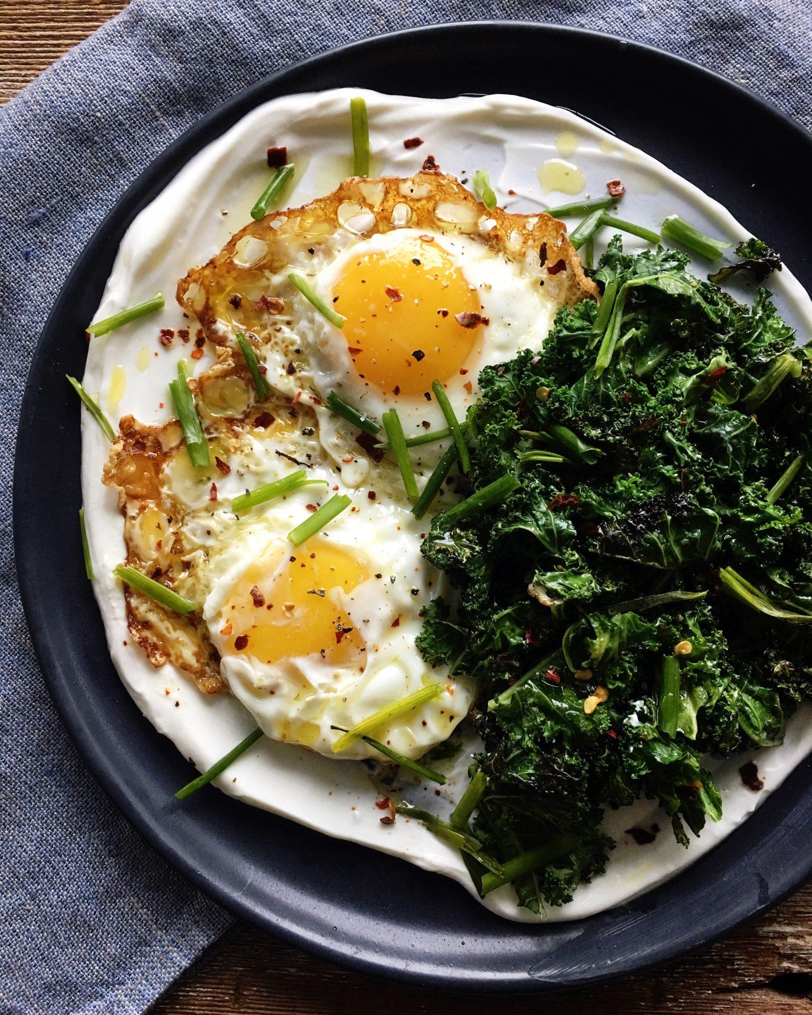 Fried Eggs with yogurt