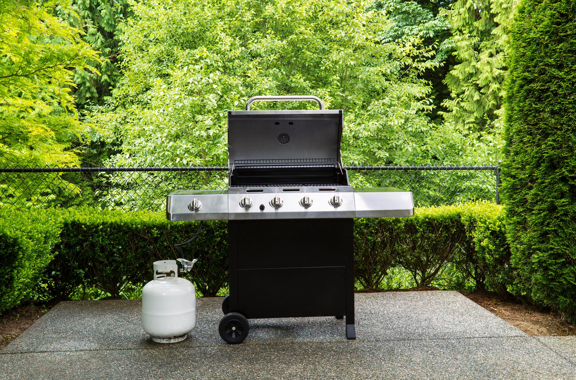 Why Is My Propane Grill Tank Making Hissing Noises?
