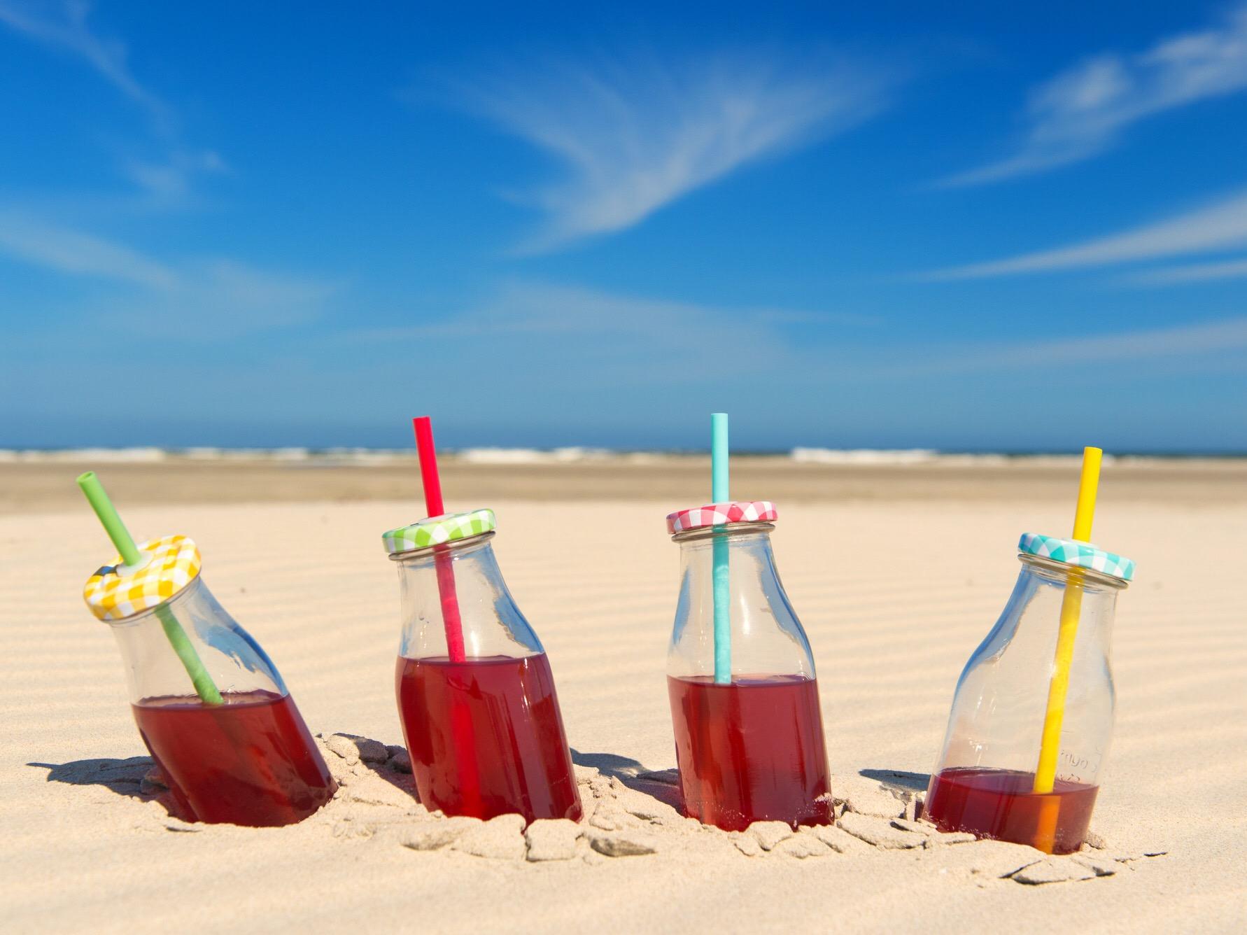 beach-sand-drinks.jpeg