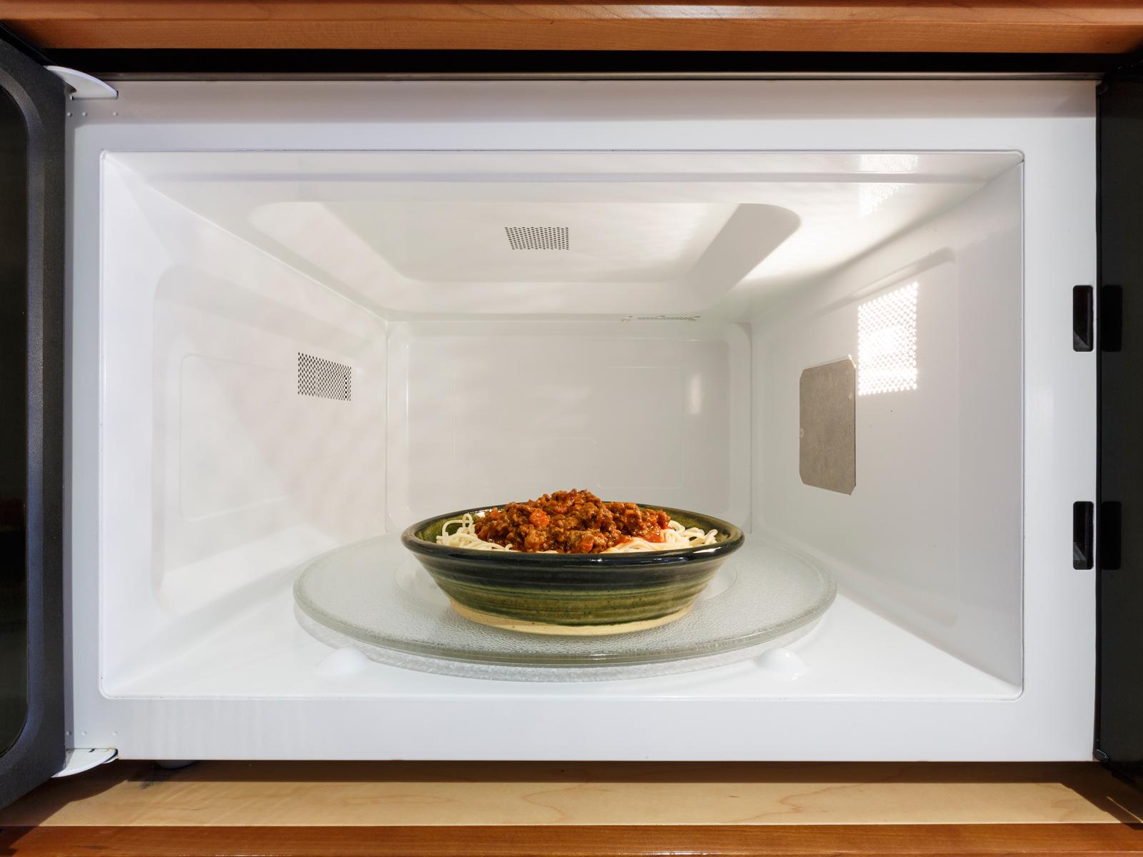 Amazon to Release Its Own Alexa-Enhanced Microwave