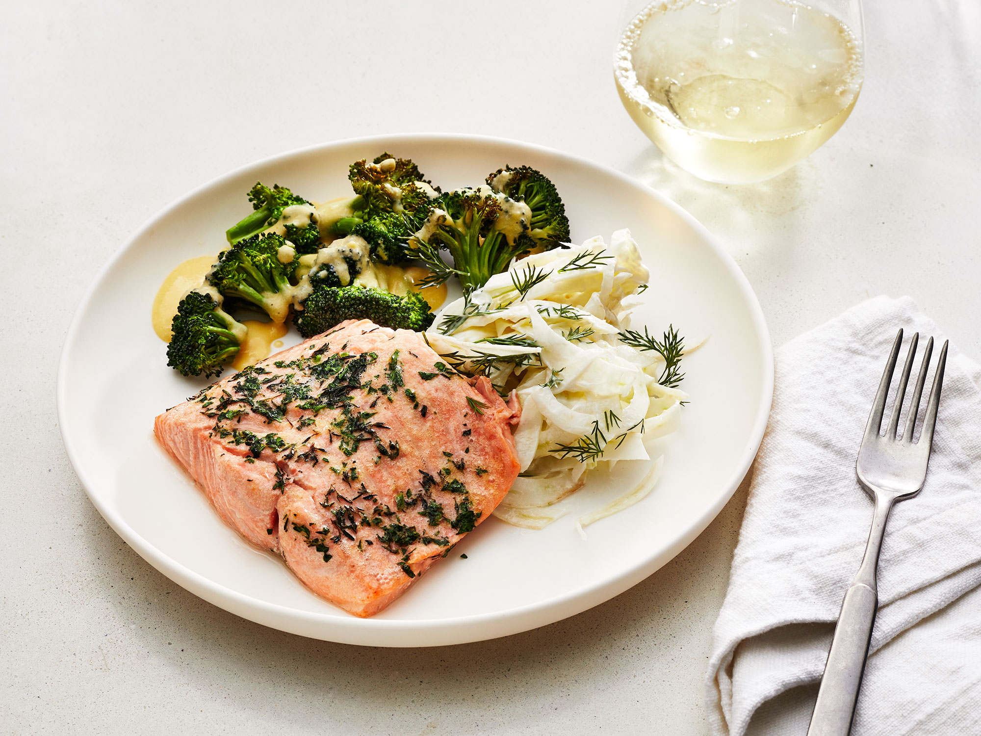 Yes, You Can Make Roasted Salmon With Fennel Salad in an Air Fryer