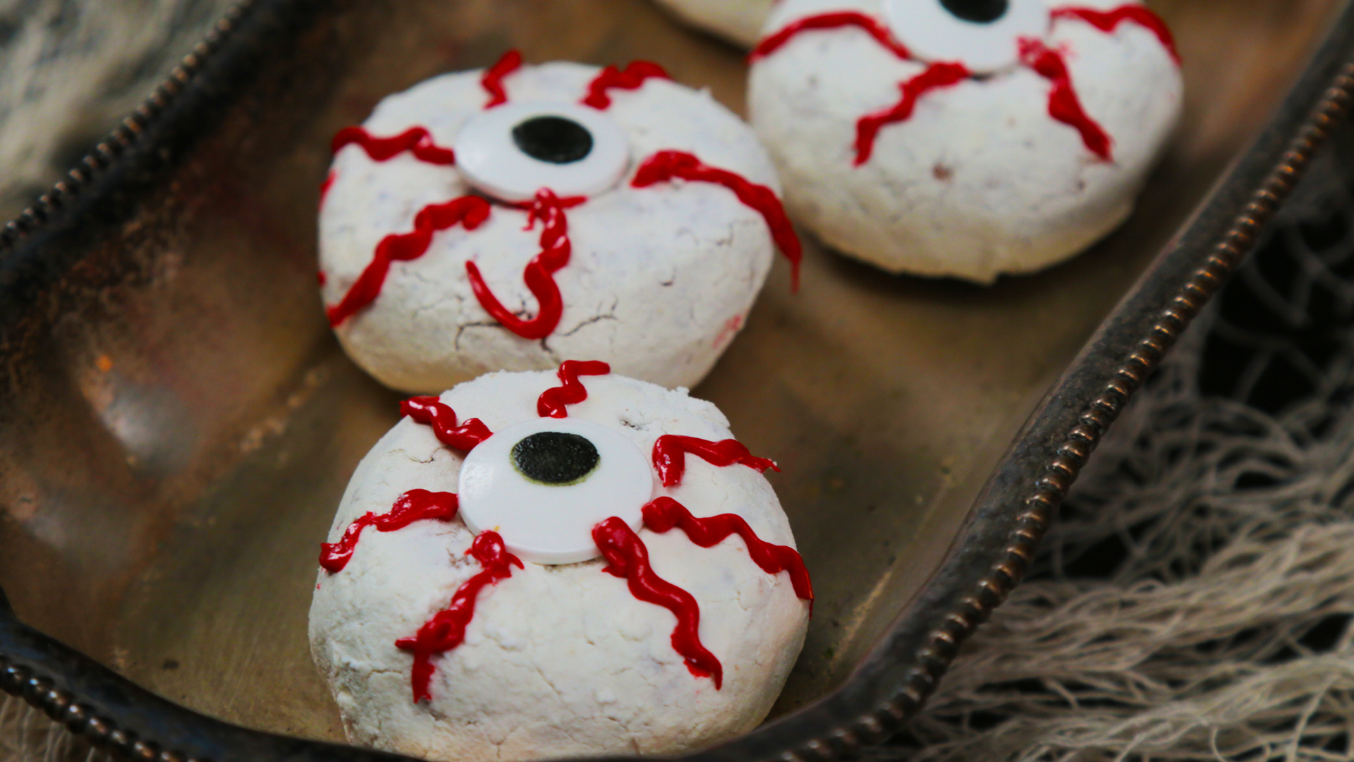 10 freaky-fast, last-minute halloween treats | myrecipes