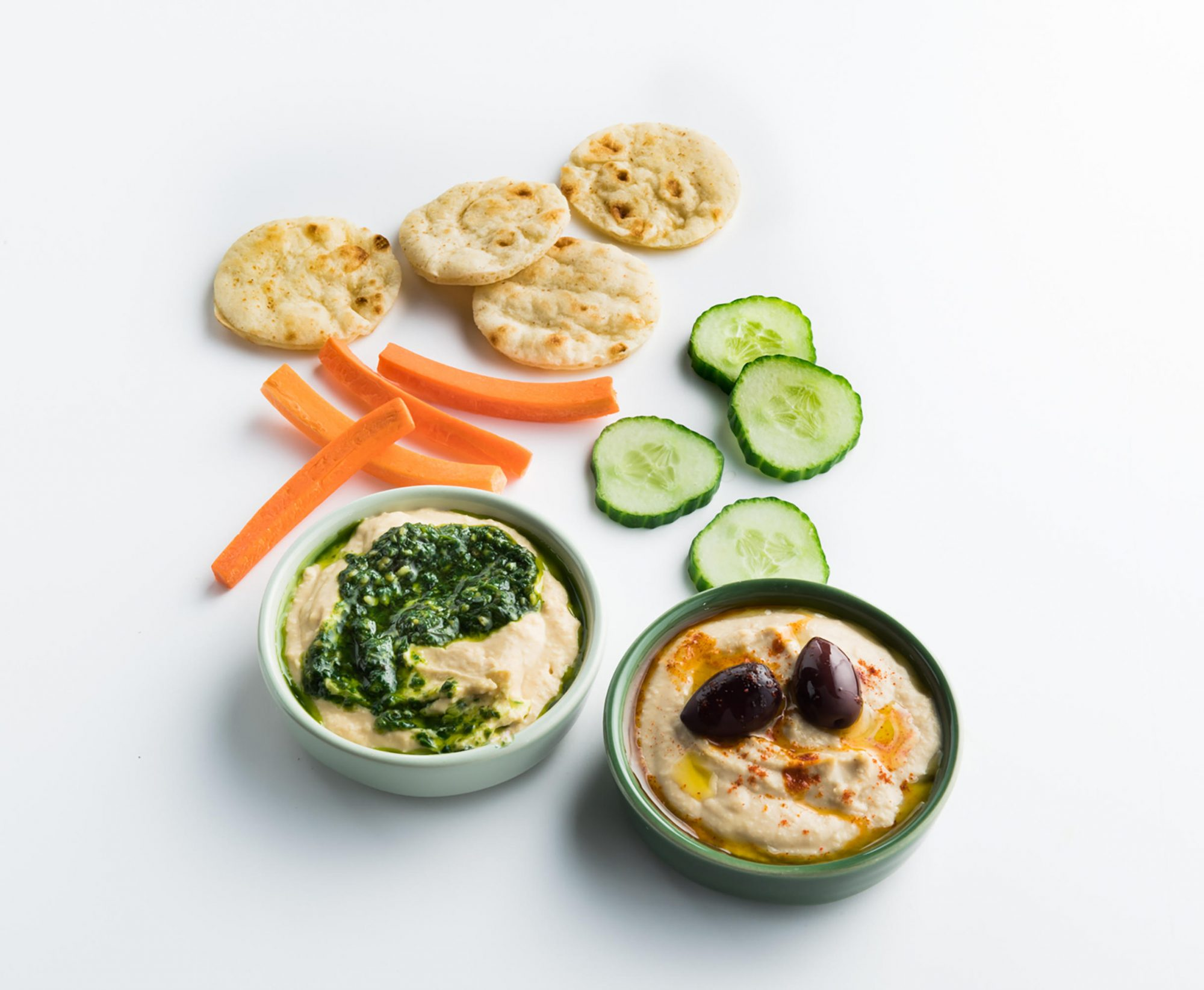 American Airlines Is Bringing Healthier Meals From Zoë's Kitchen to Domestic Flights 1809w-Zoes-hummus