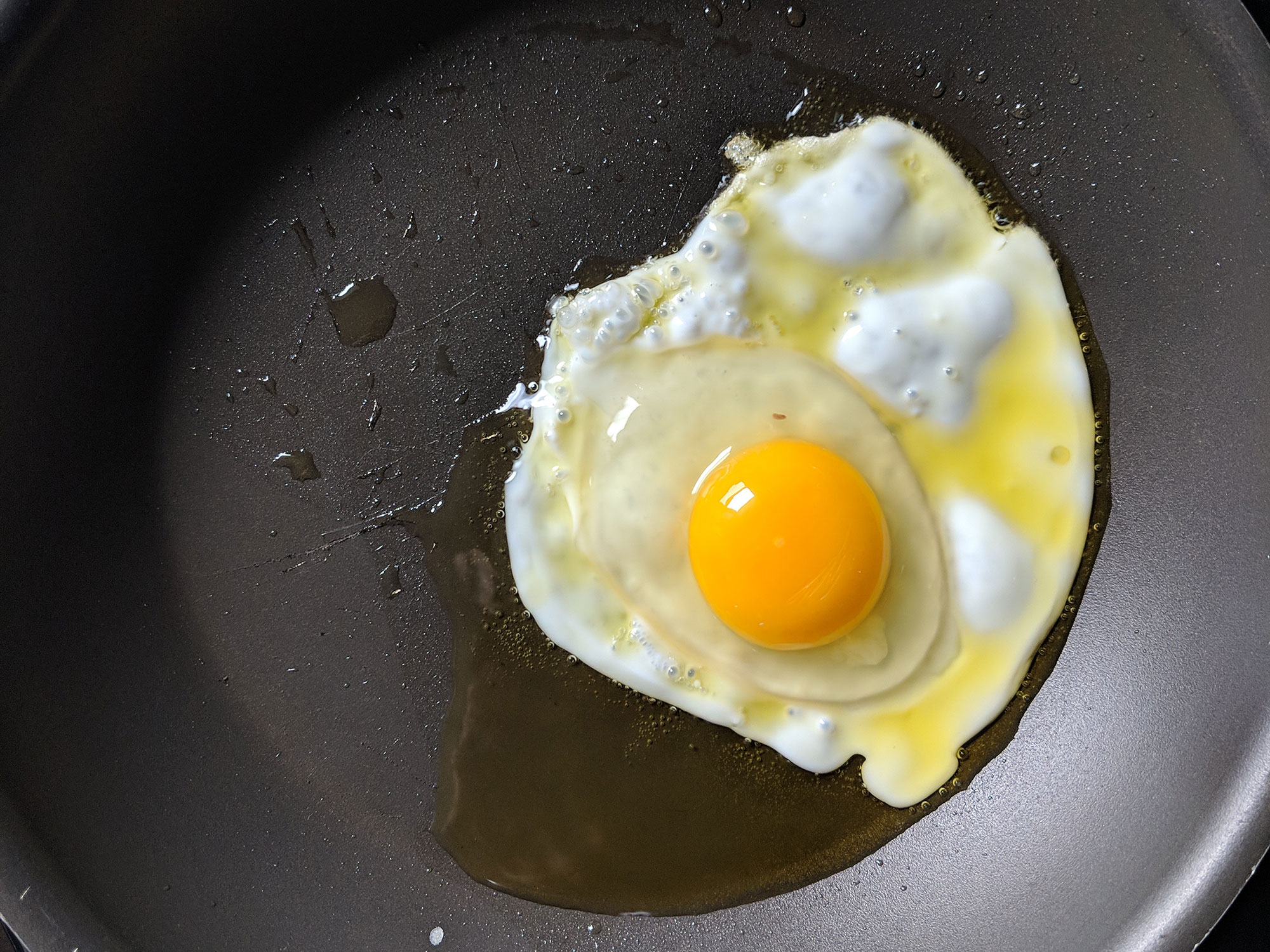 When Happens When You Fry Eggs in CBD Olive Oil