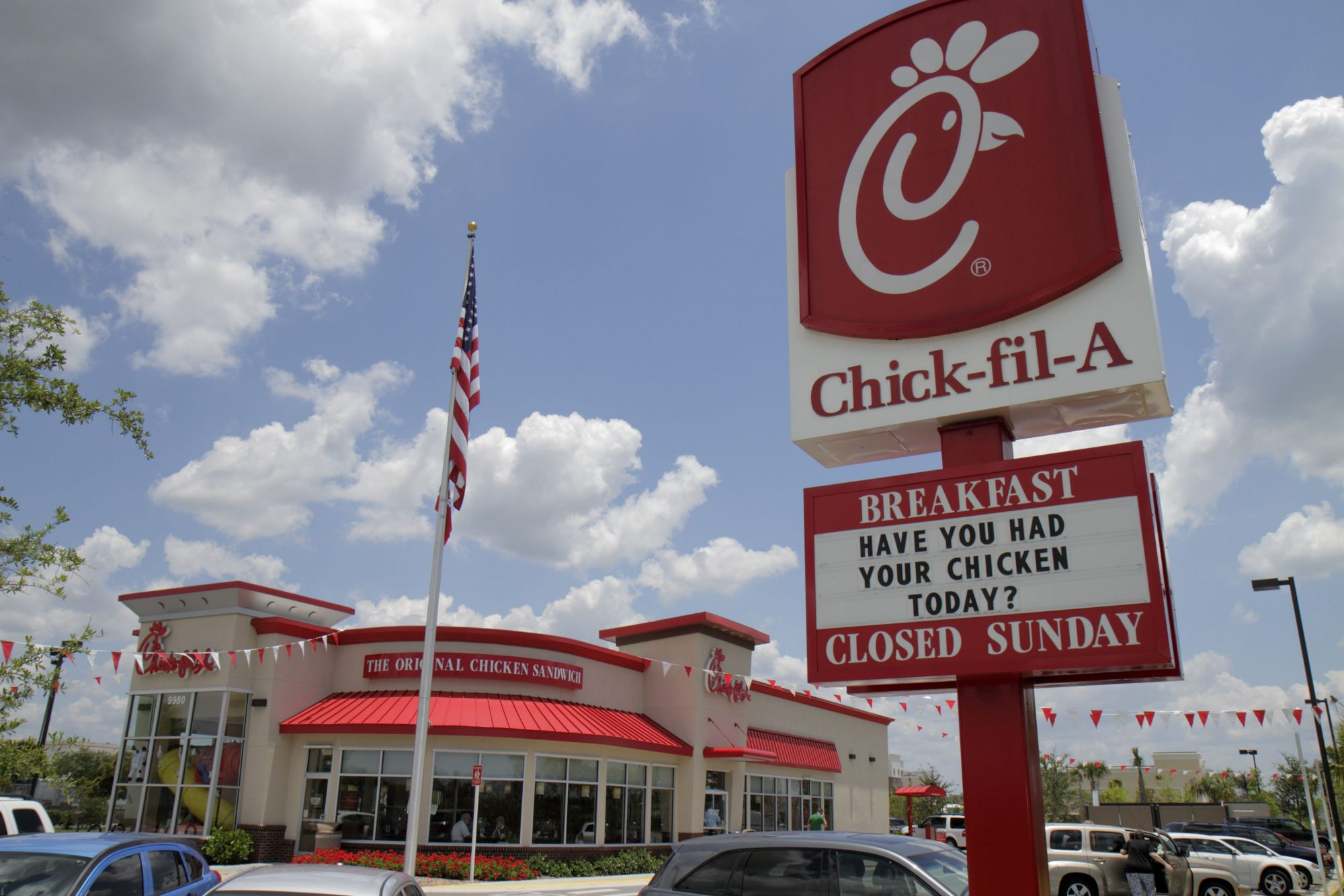 Chick-fil-A Dethrones Starbucks as Teens' Favorite Chain