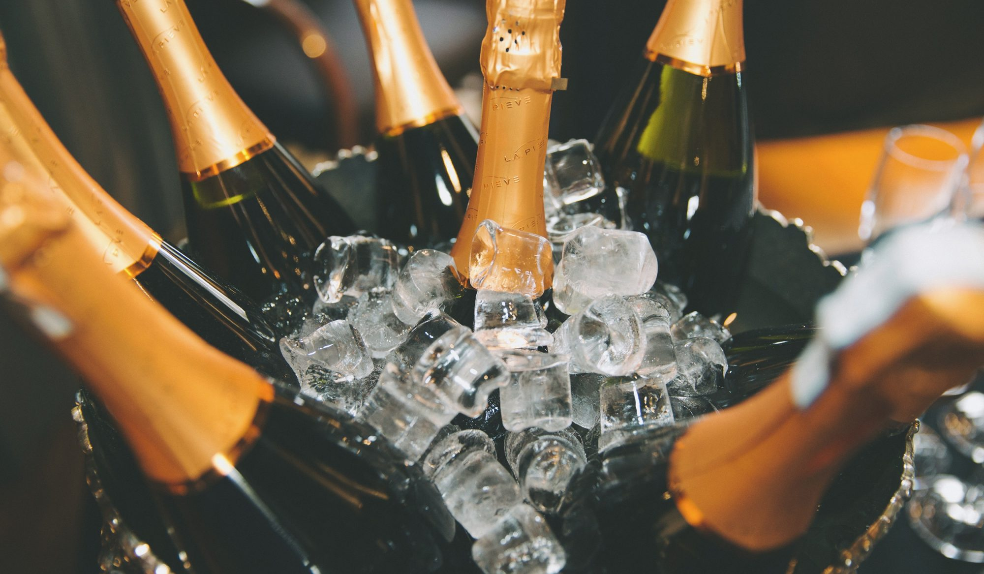 Champagne From Six to Six