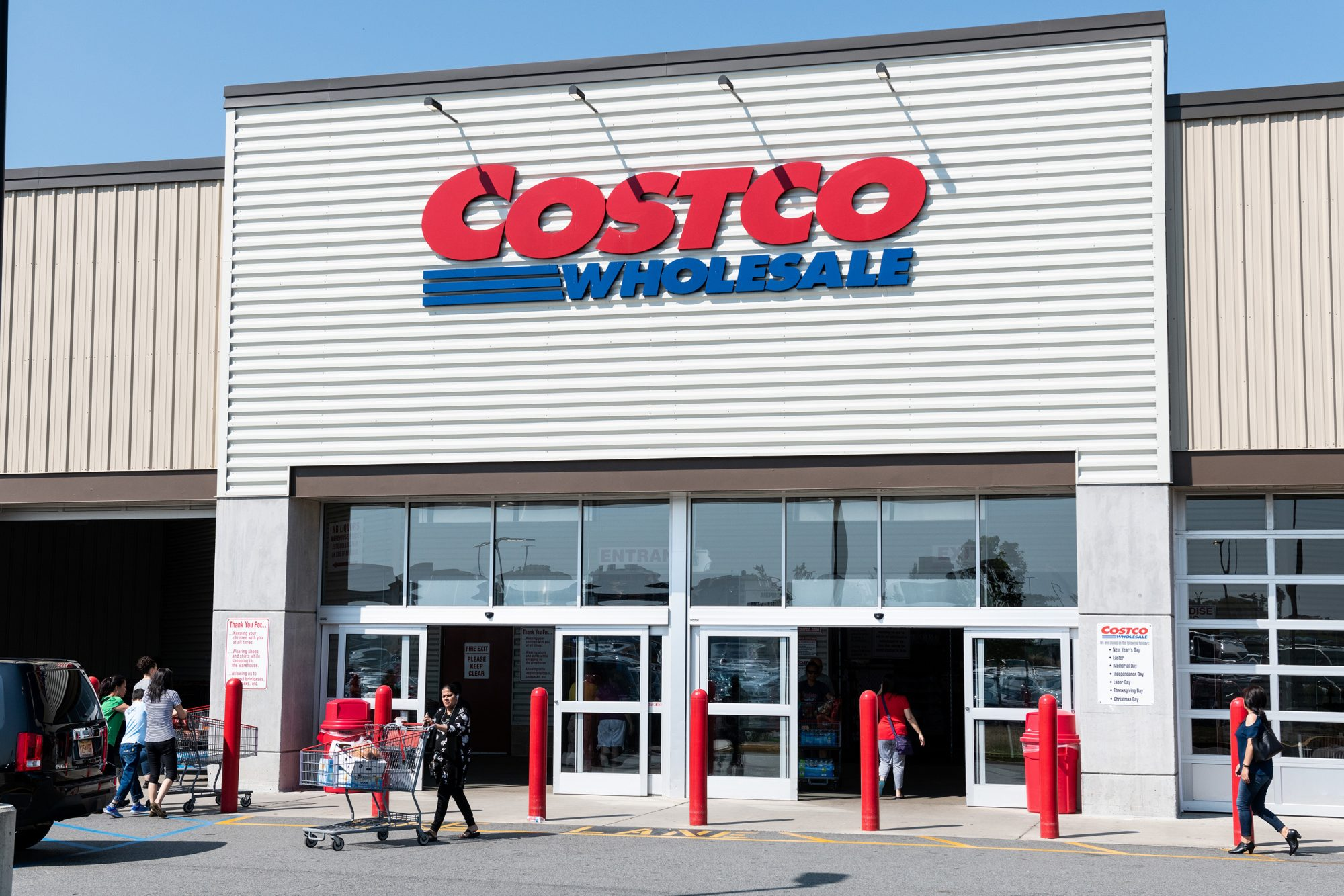 6 Things You Should NEVER Buy at Costco, According to Superfans
