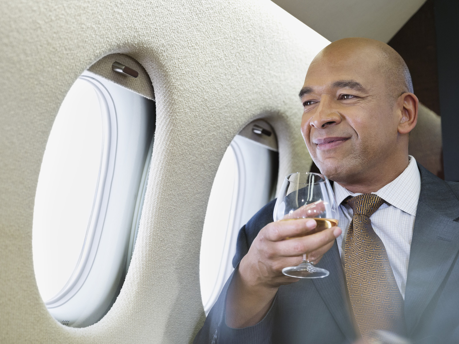 plane-drink.jpg