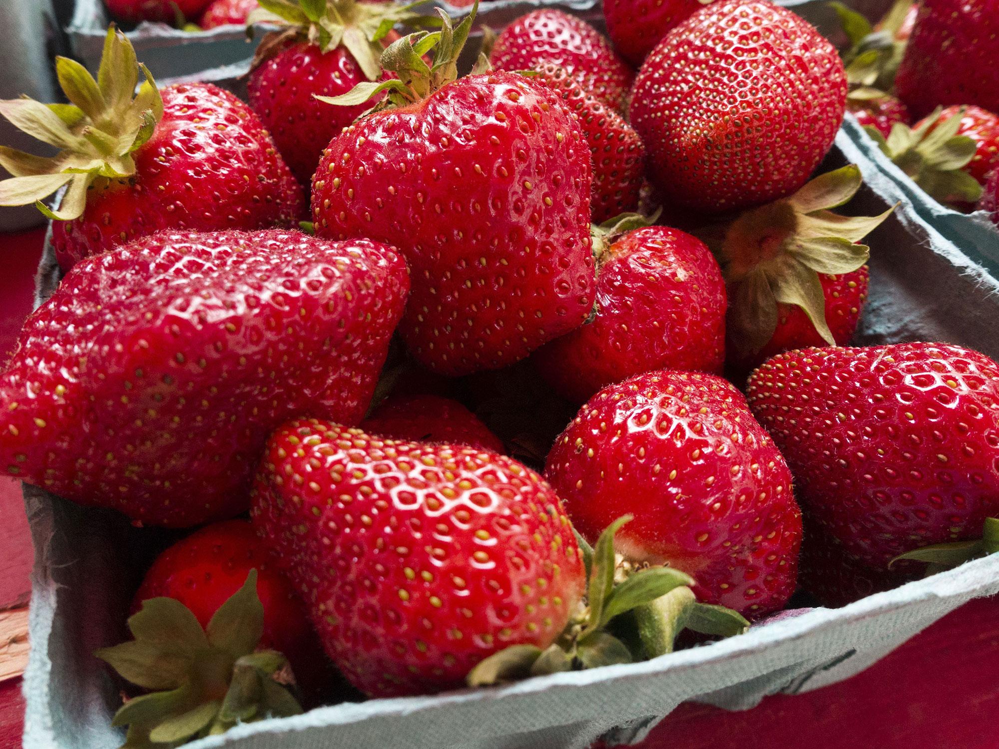strawberry-box.jpg