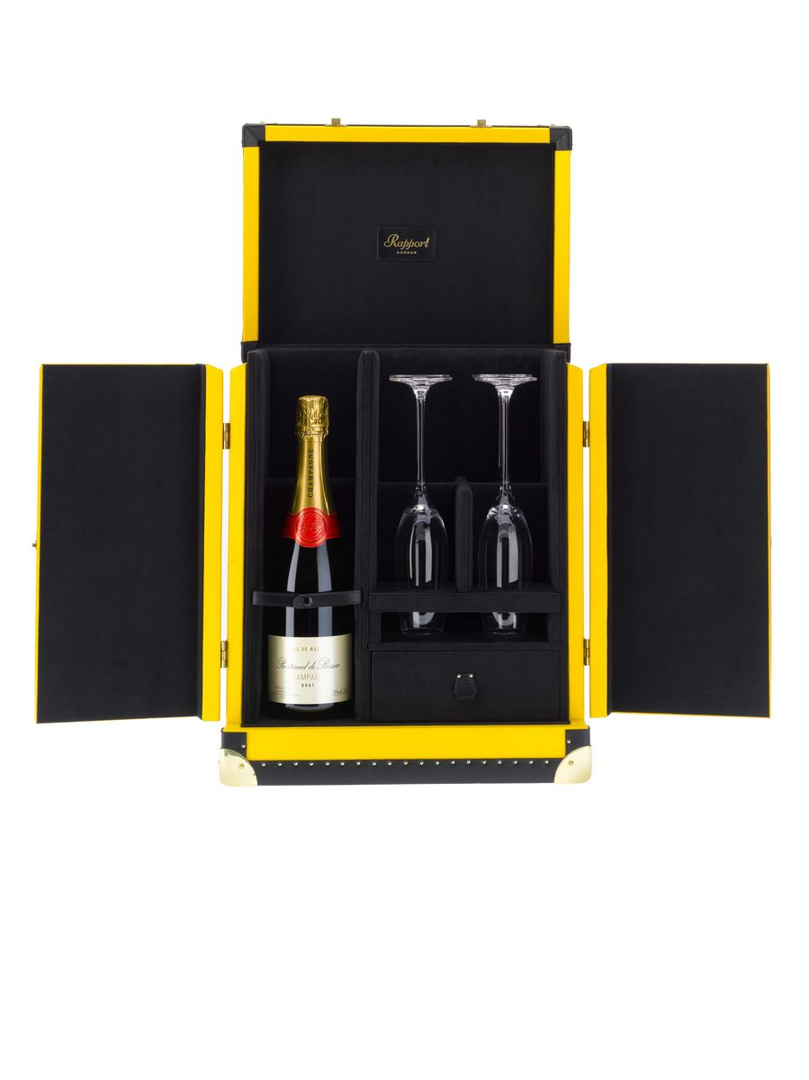 TR03cambridge-champagne-trunk.jpg