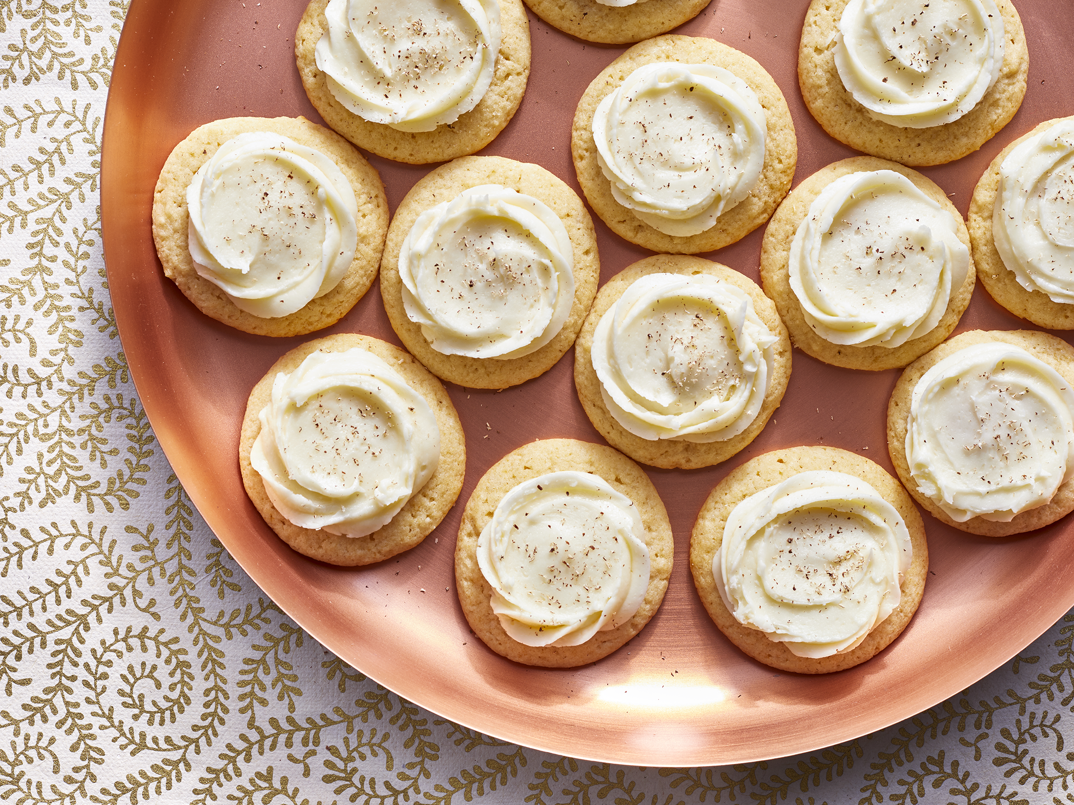 mr-eggnog-cookies-with-eggnog-bourbon-buttercream