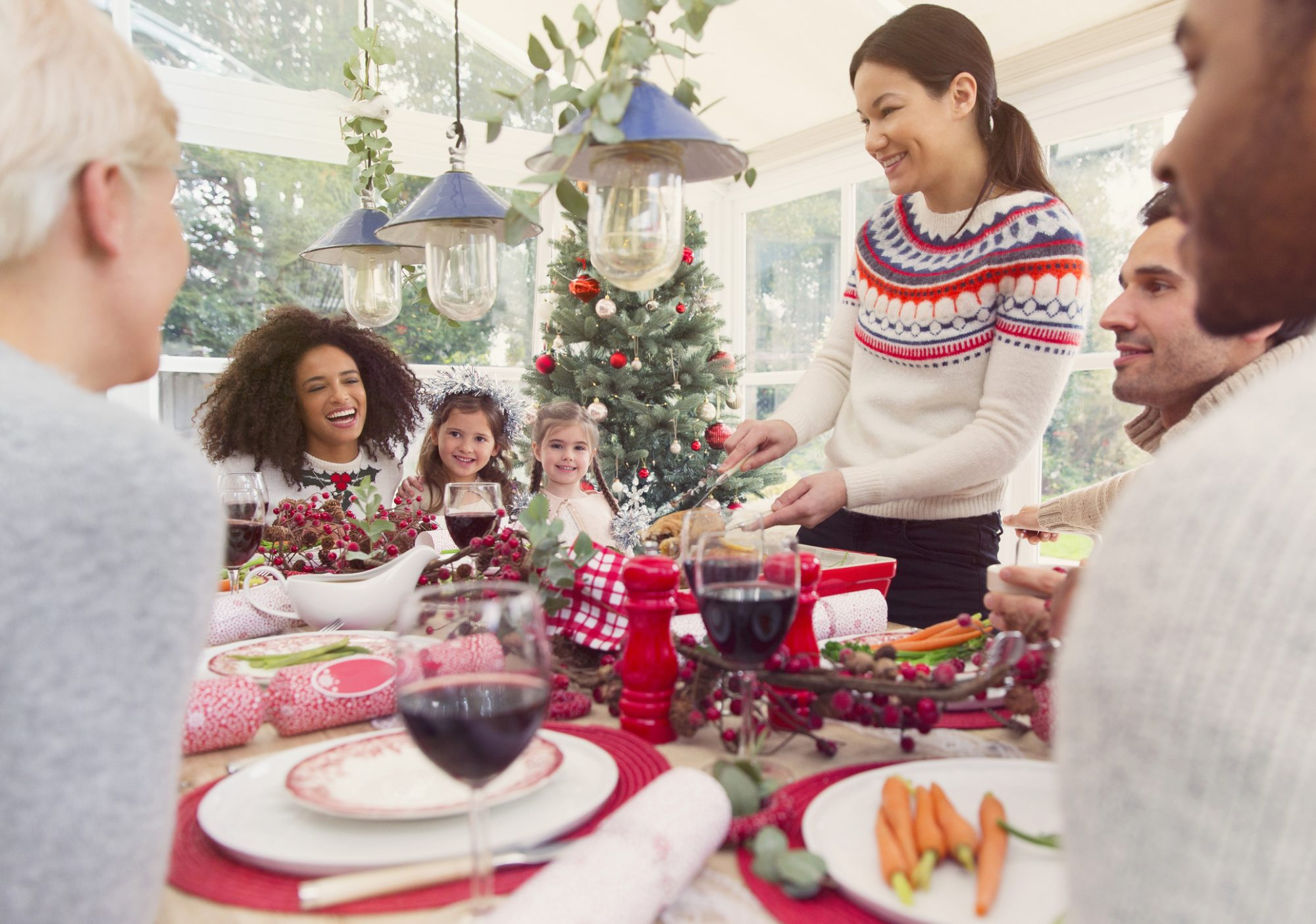 12 Tips for Hosting Holiday GuestsLike a Pro