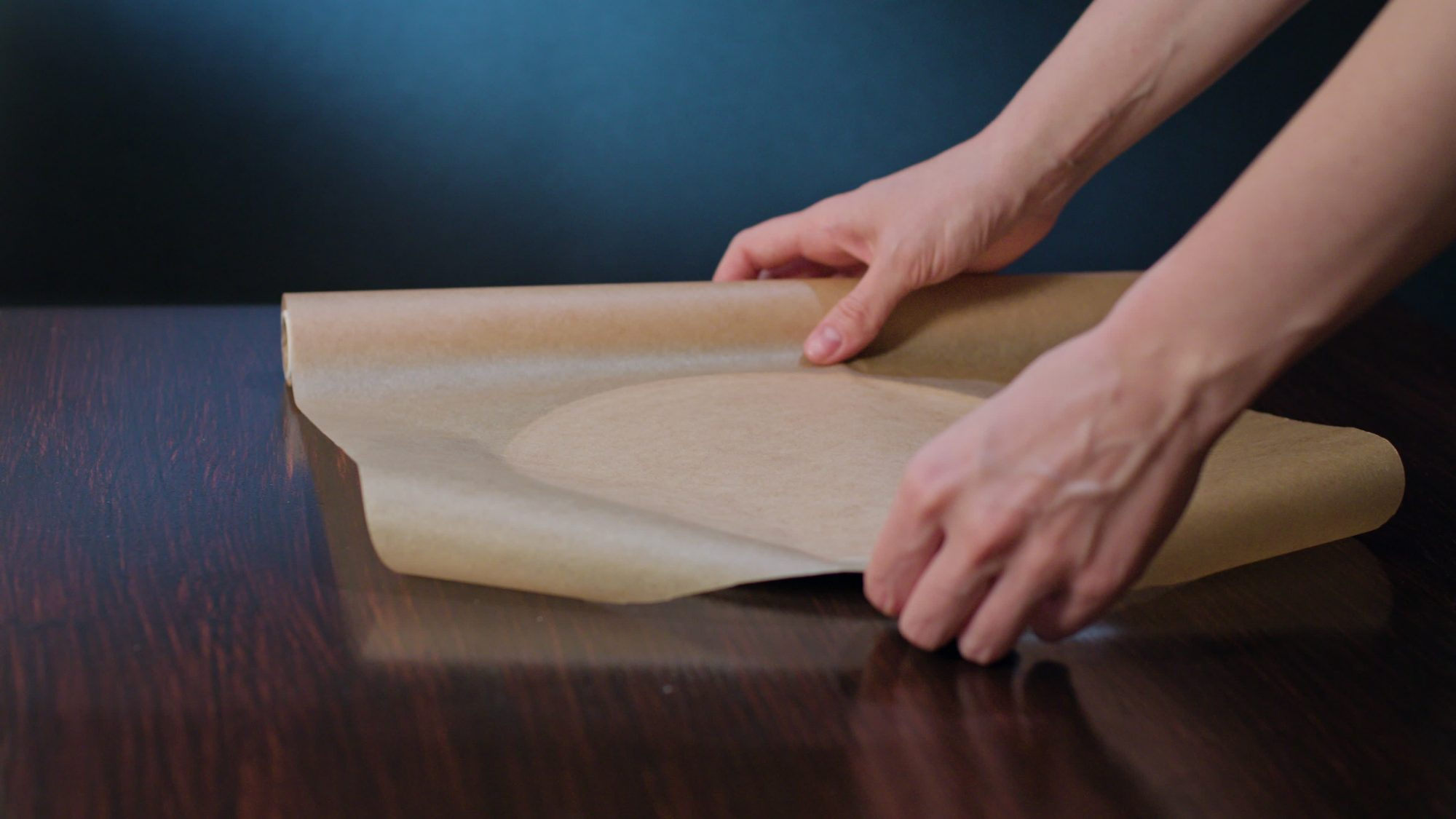The Easiest Way to Make a Parchment Paper Circle