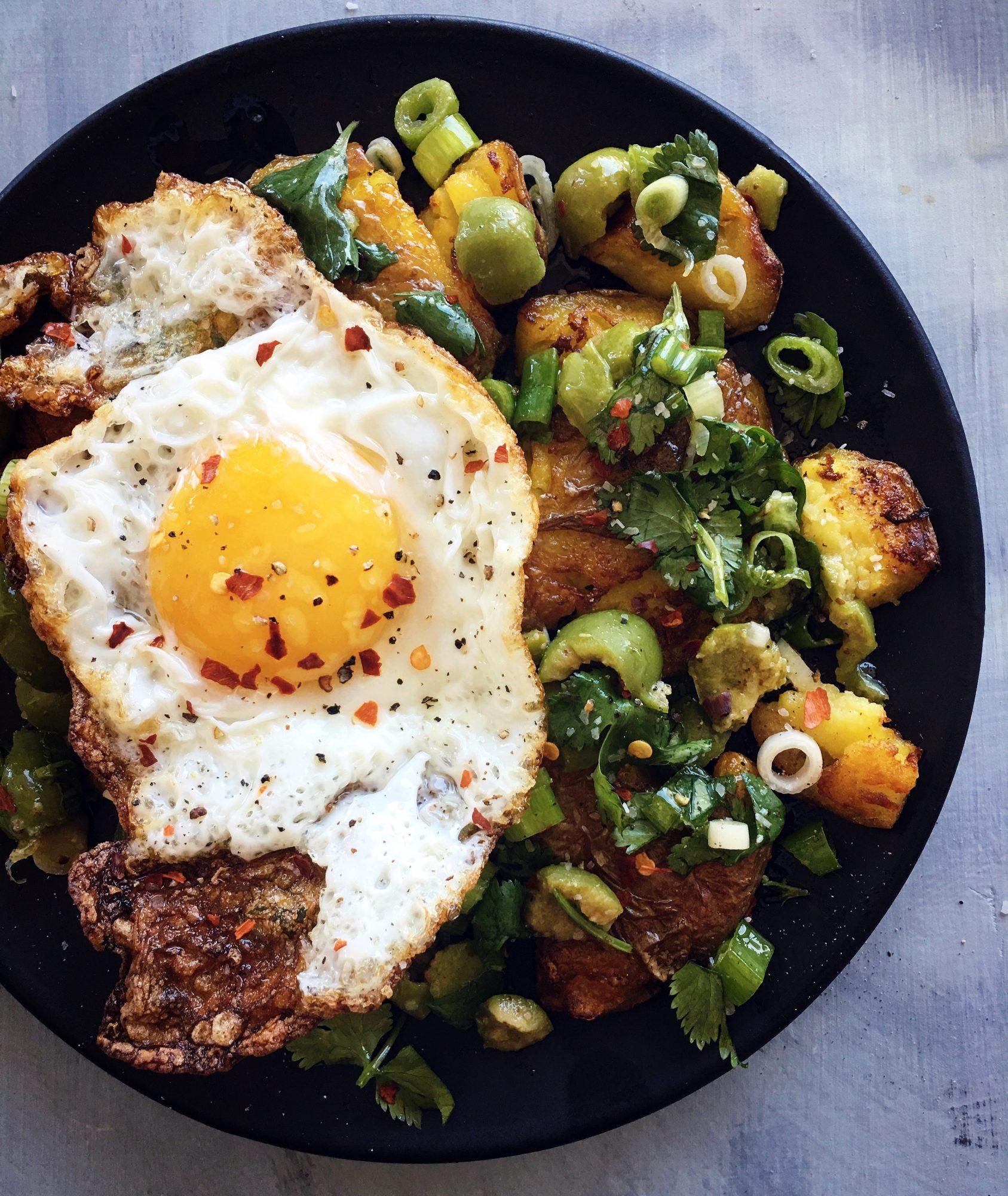 How to Make Crispy Smashed Potatoes
