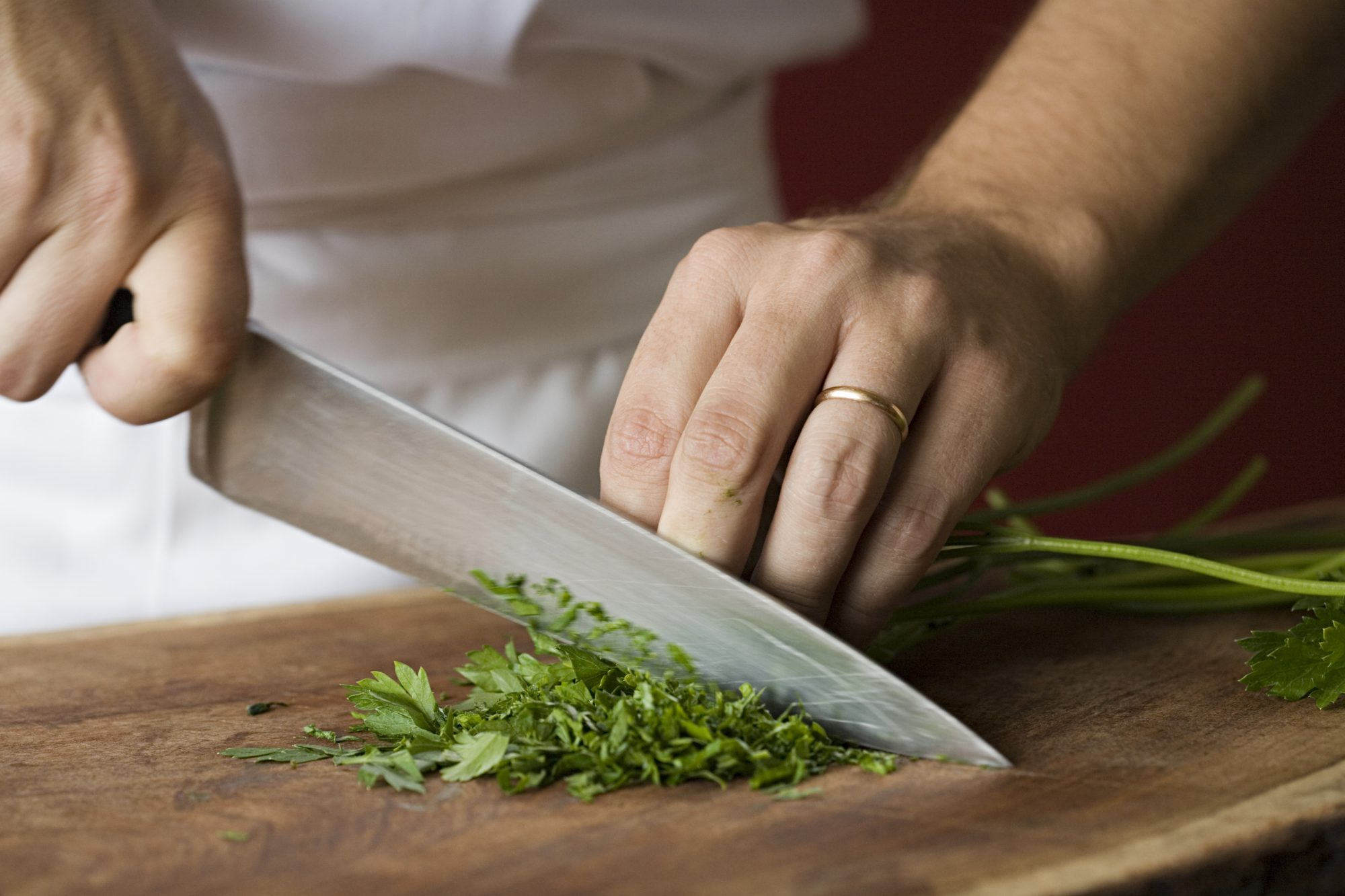5 Ways to Keep Your Knives Sharper Longer