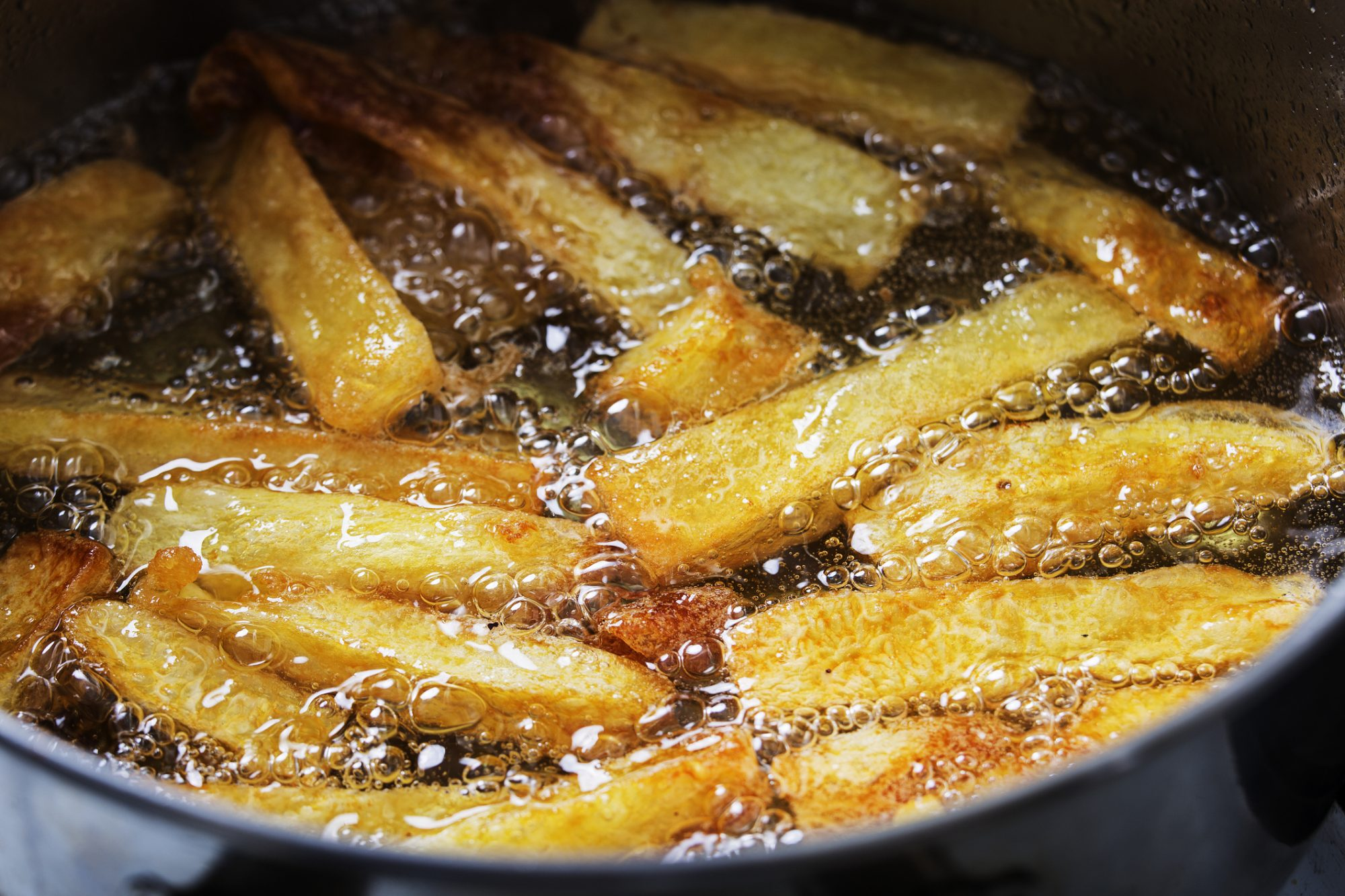 7 Tips on How to Deep-Fry Without a Fryer