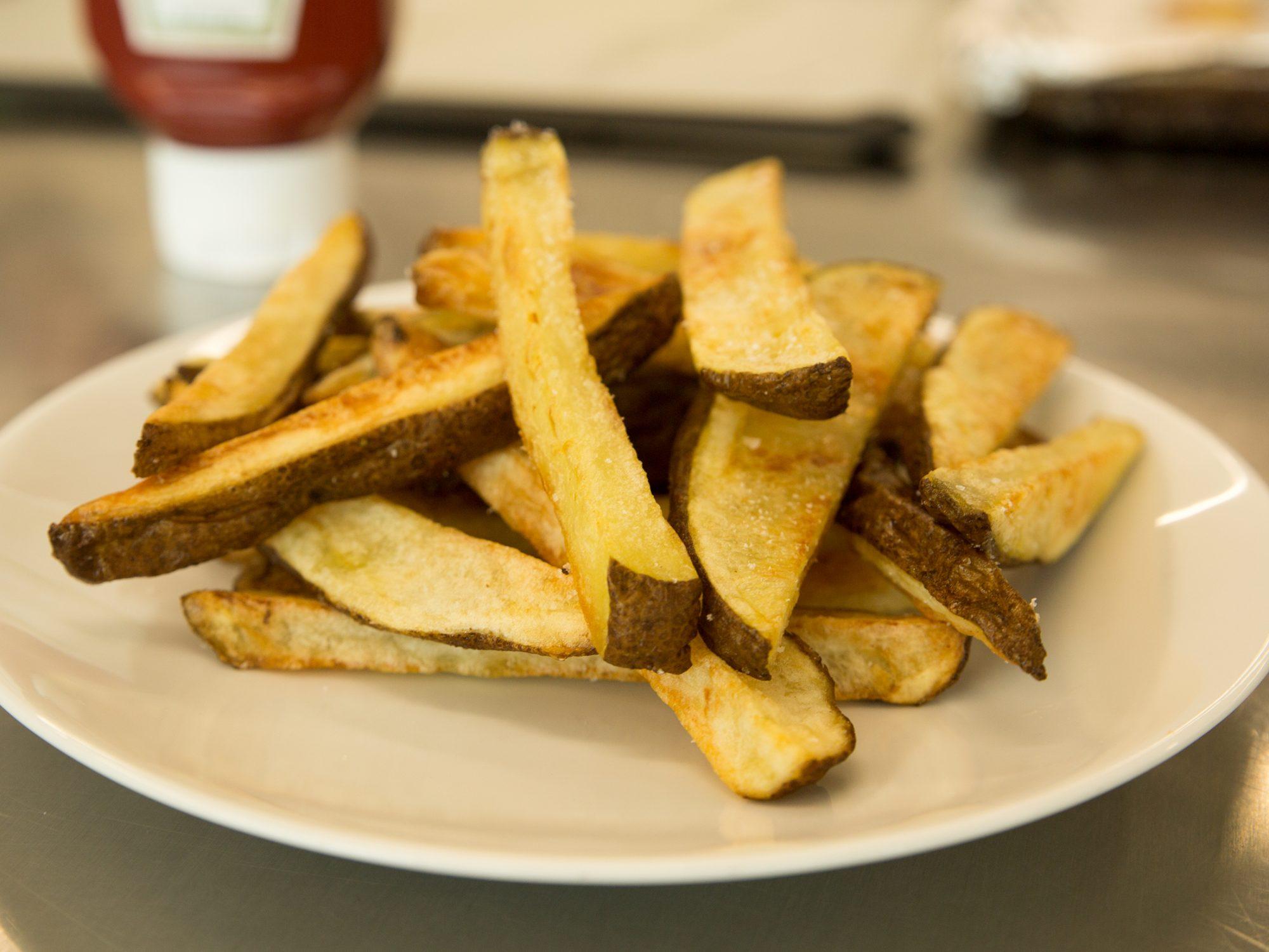 Super-Crispy Oven Fries image