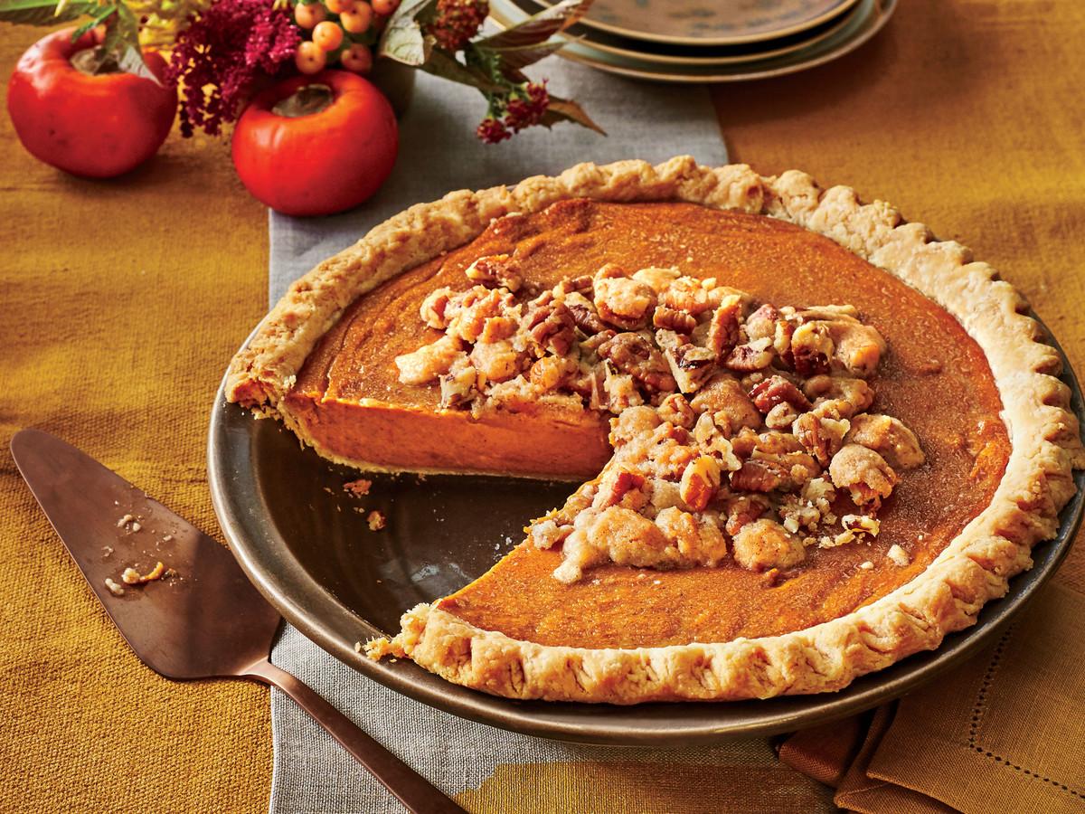 Persimmon Pie with Pecan Streusel
