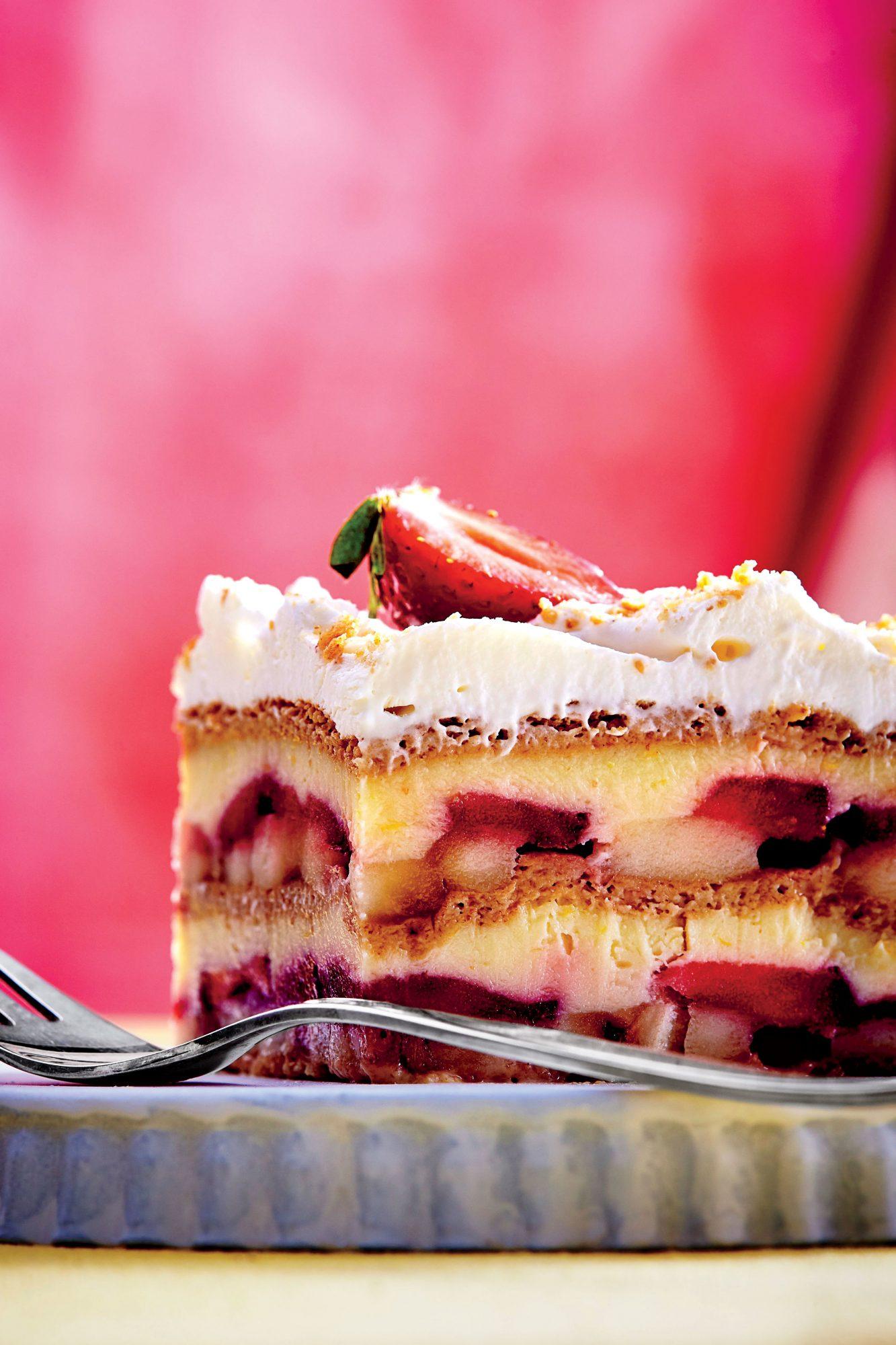 Strawberry-Banana Pudding Icebox Cake