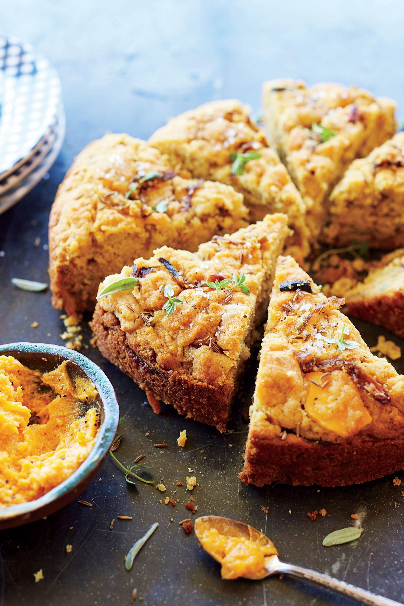 Cheddar-Caramelized Onion Bread
