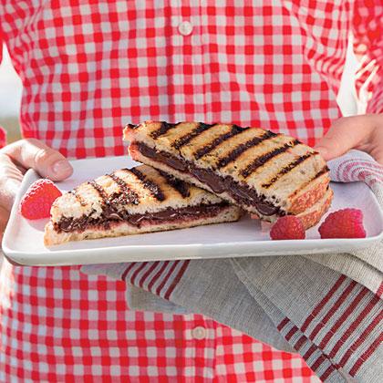 Grilled Chocolate-Raspberry Dessert Sandwiches