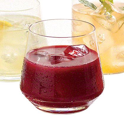 Blackberry-Vanilla Vodka Lemonade