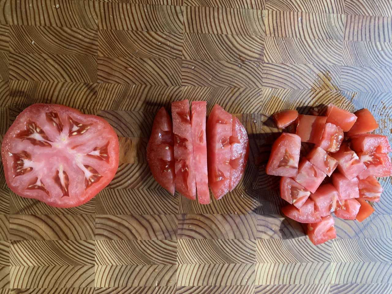 diced tomato.jpg