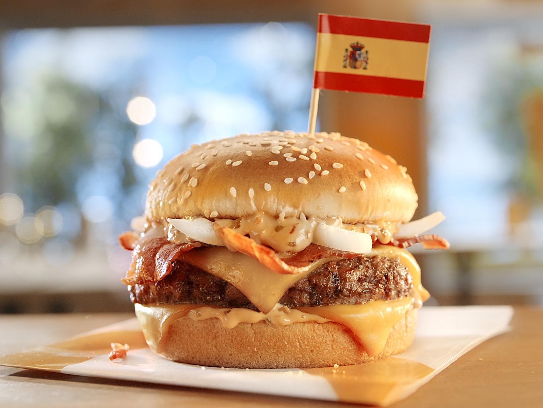 I Tried McDonald's 'Worldwide Favorites' Menu (Including the Stroopwafel McFlurry) mcdonalds-worldwide-favorites-mcextreme-FT-BLOG0519