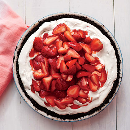 Deep-Dish Strawberry Ice Dream Pie RecipeThe filling for our killer pie is somewhere between ice cream and mousse--a creamy concoction that's ridiculously easy to make.