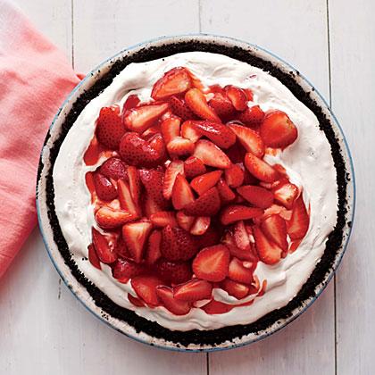 Deep-Dish Strawberry Ice Dream Pie