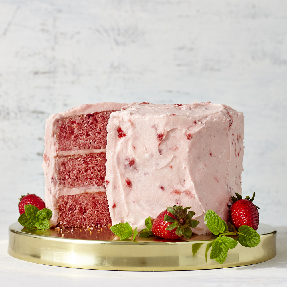 Strawberry Cake Pictures Images