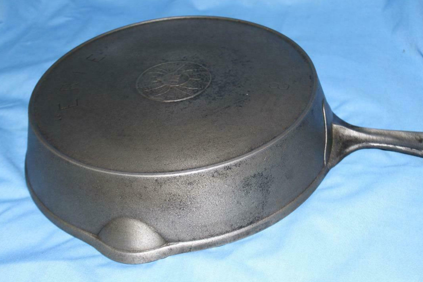 This Vintage Cast-Iron Skillet Costs $8,000. Yes, Really.