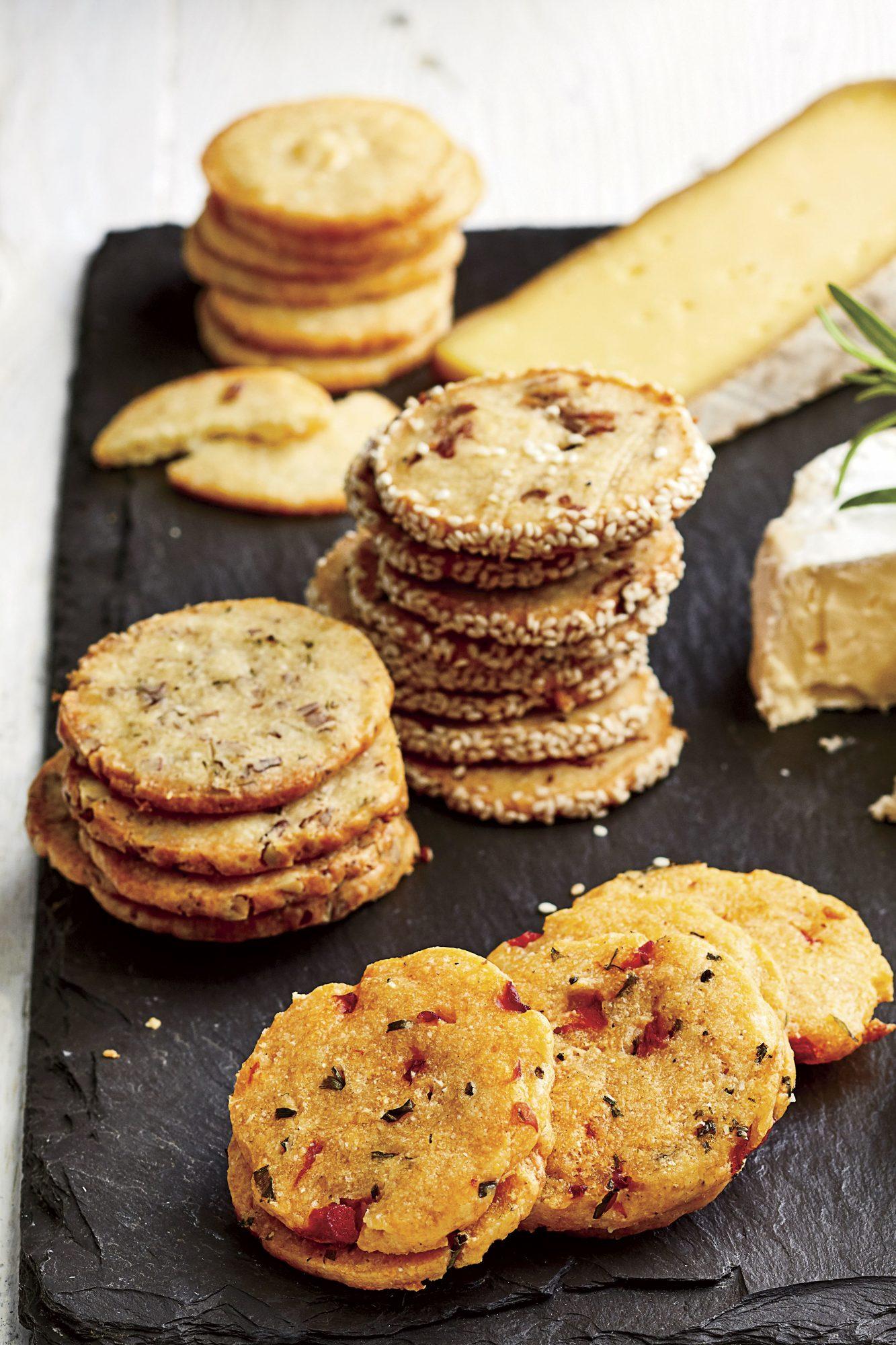 Cheddar Shortbread Crackers