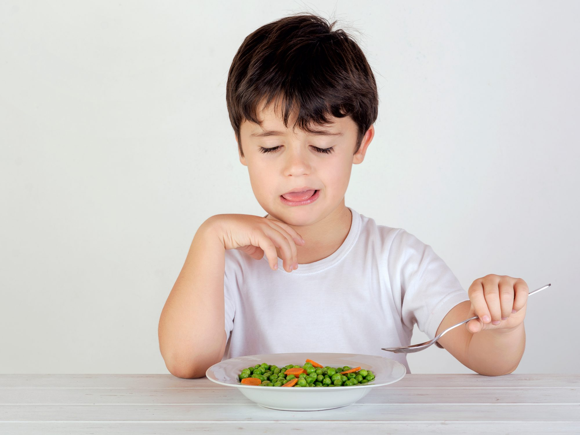 New Study Explains How to Get Picky Eaters to Clean Their Plates