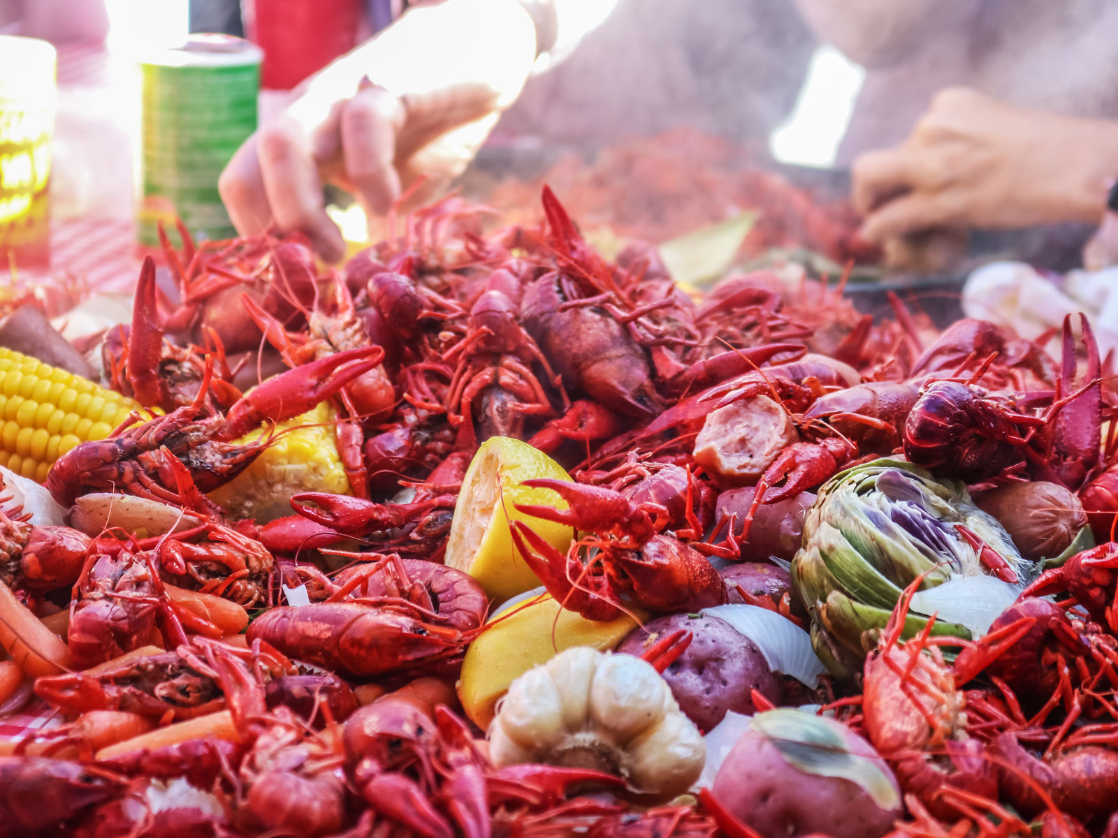 How to Eat Crawfish—and What Drinks to Pair with Them
