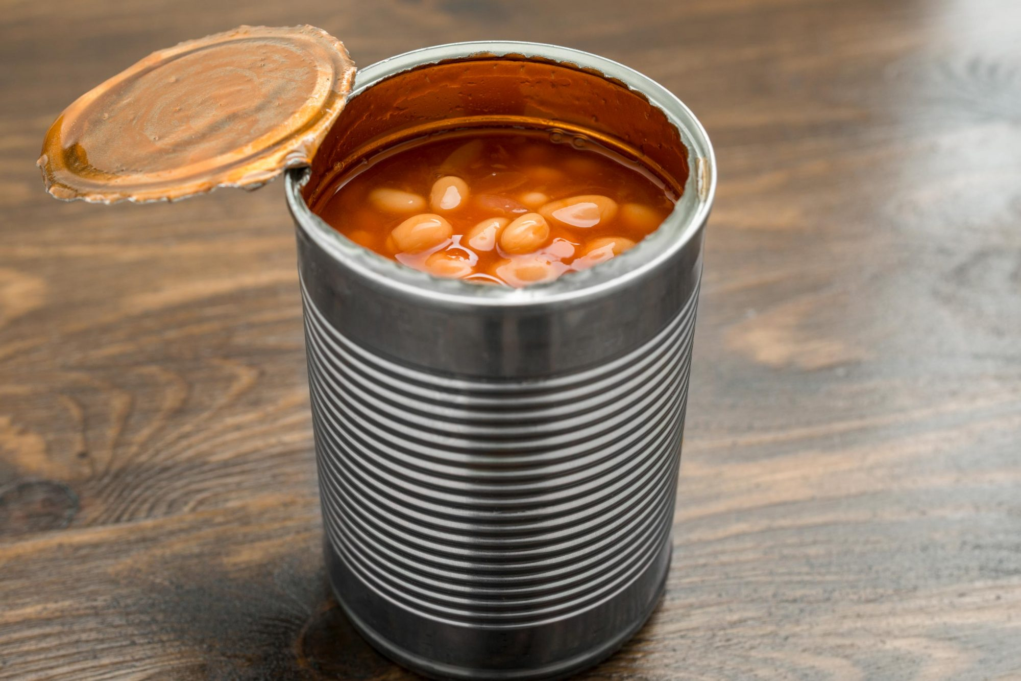 Man Opens a Can of Heinz Beans to Find Only One Singular Bean