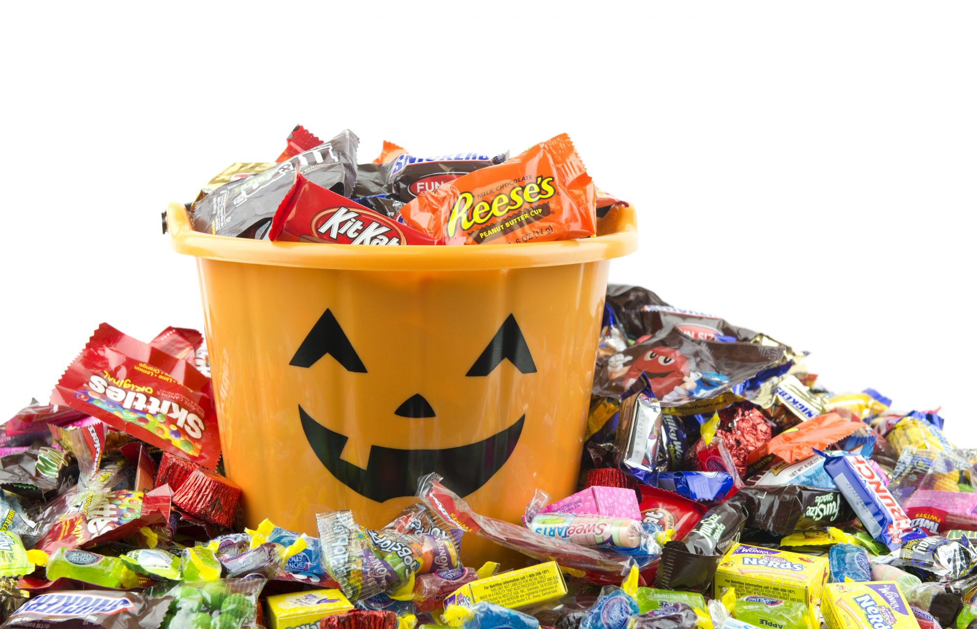 Avoid These Candies to Protect Your Teeth this Halloween