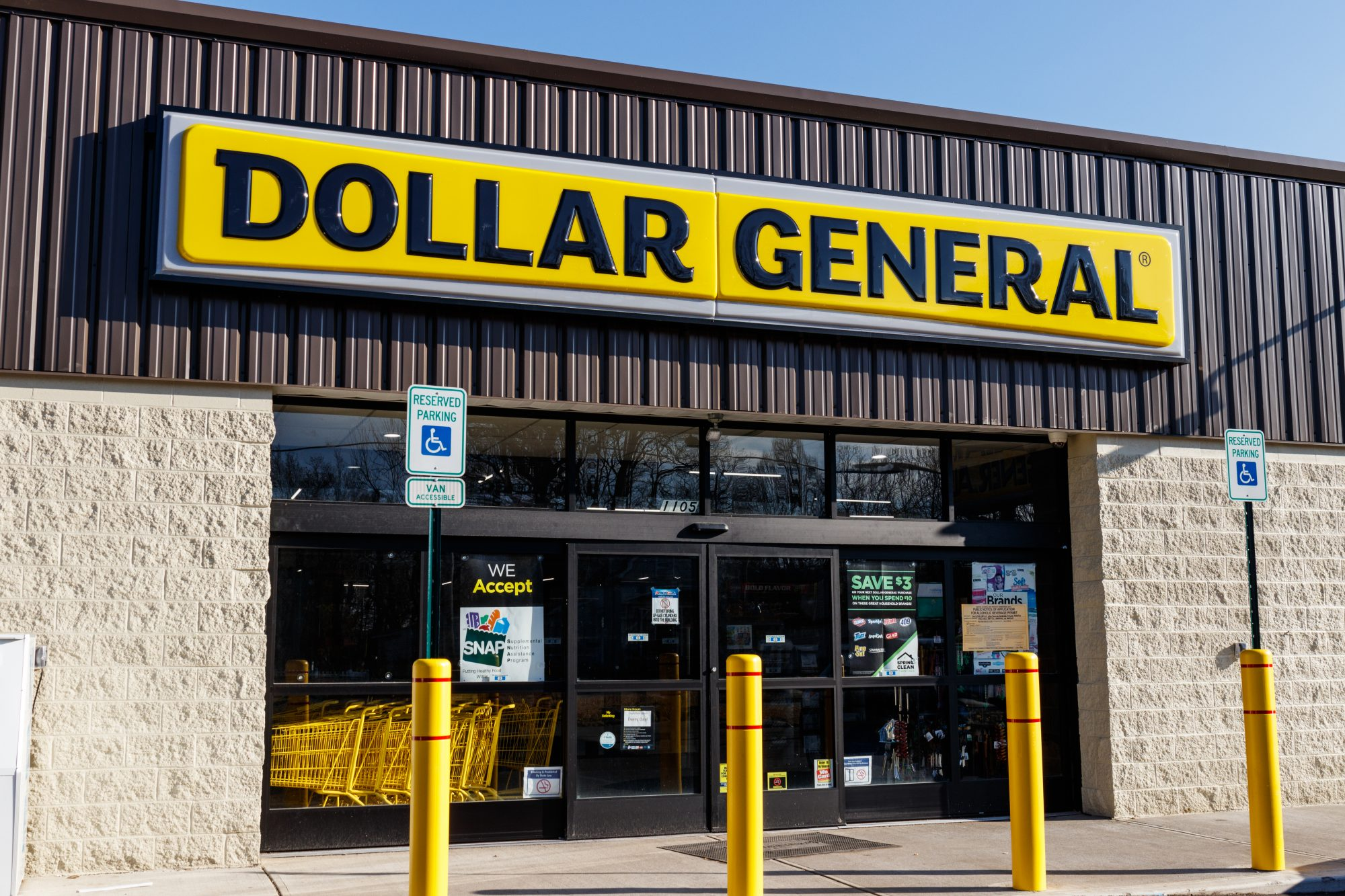 What to Skip and Where You'll Score When Grocery Shopping at Dollar General
