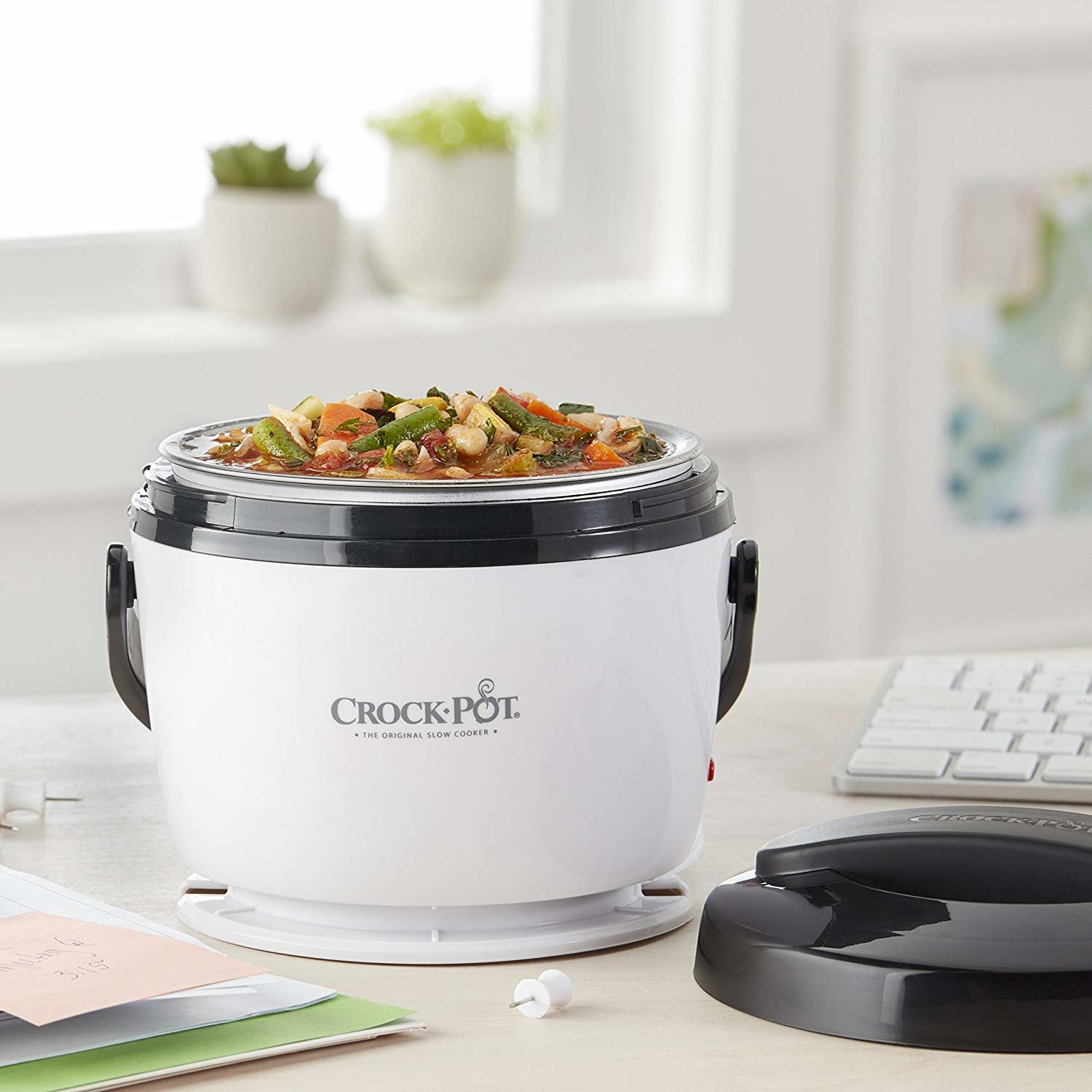 Amazon Shoppers Call This Mini $22 Crock-Pot the 'Best Money I've Spent in a While' 8926904402daa51f1a1f2d6c331a1a82