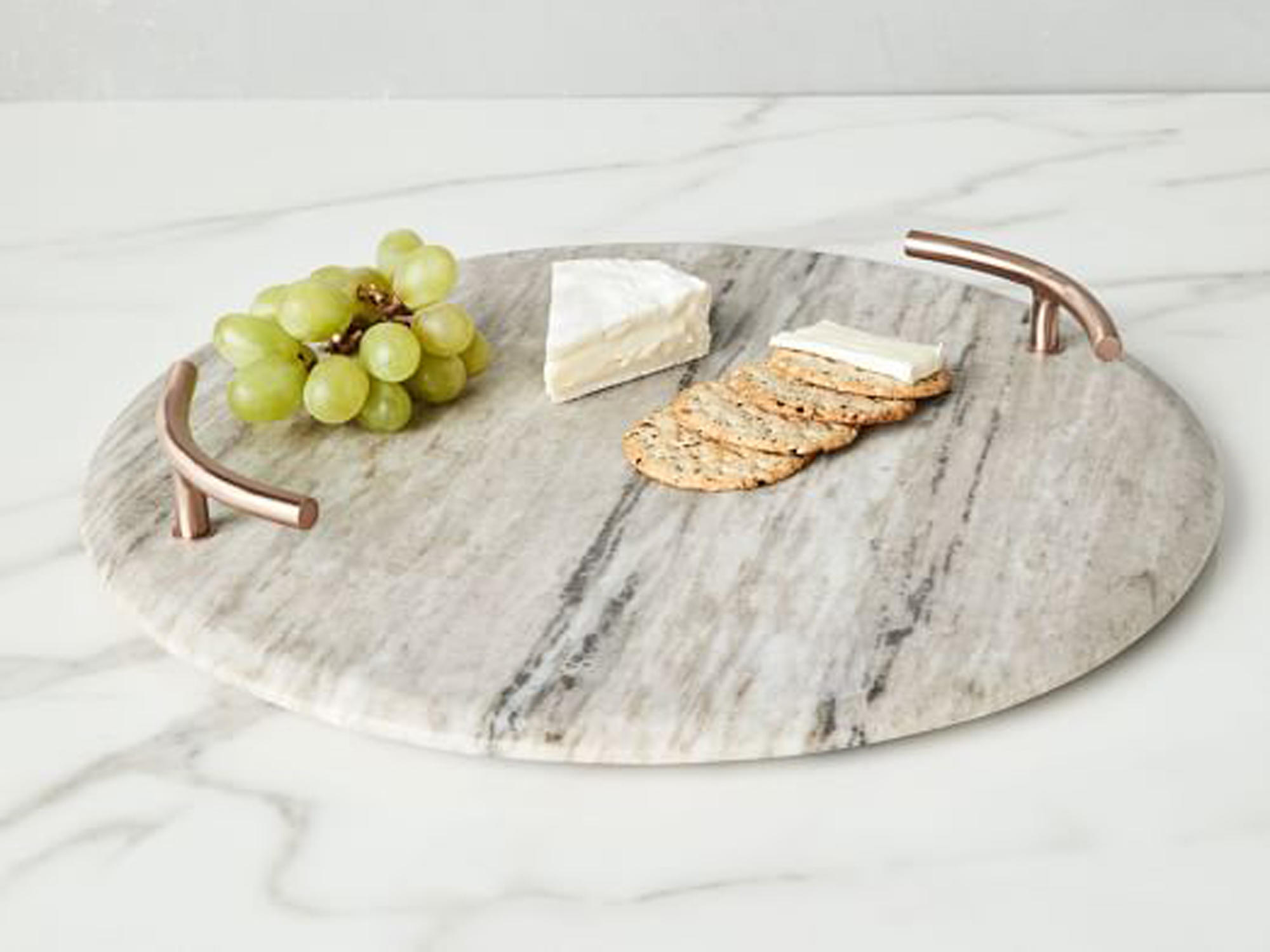 How to Build a Minimalist Cheese Board