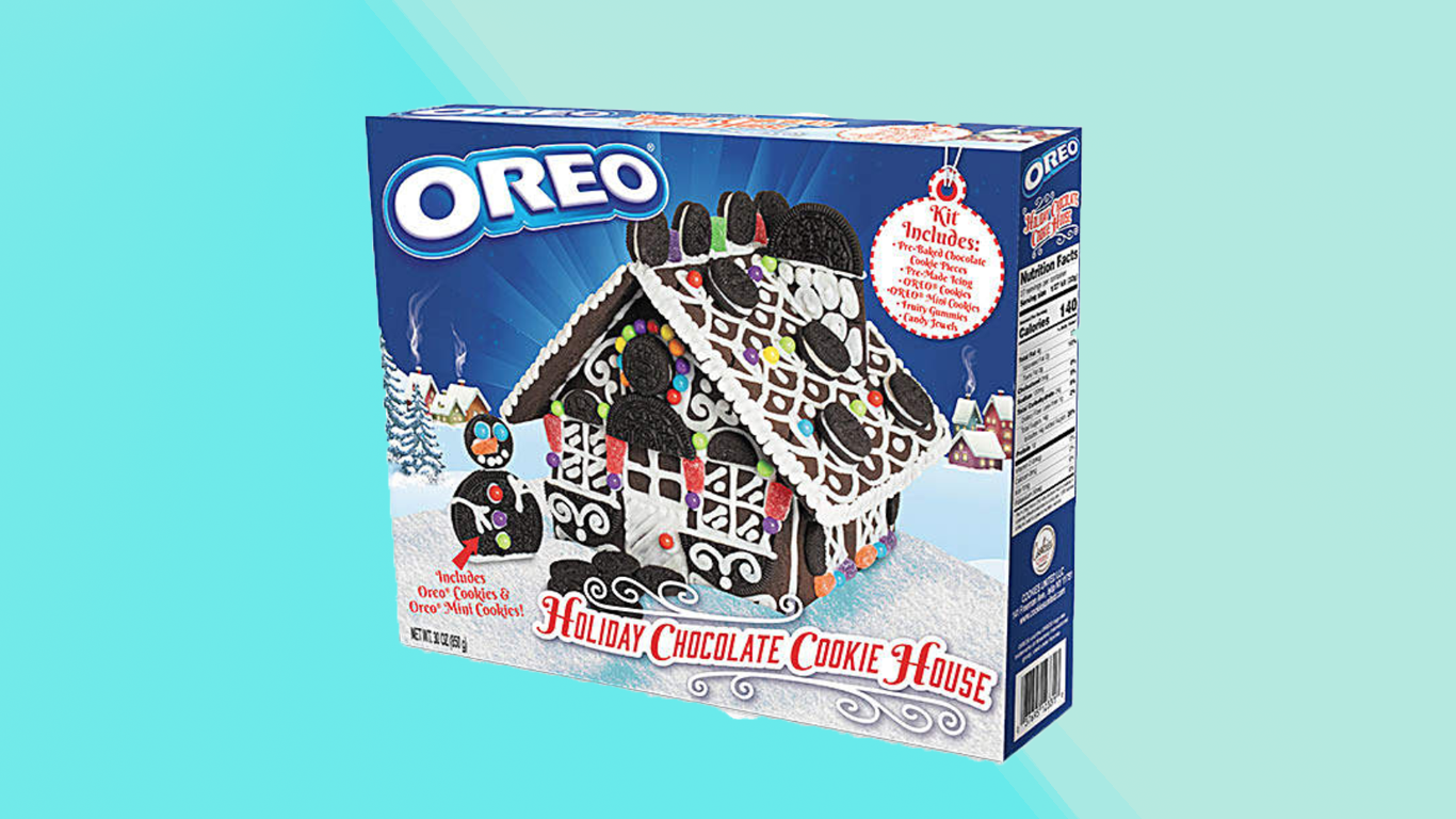 """This Oreo """"Gingerbread"""" House Kit Looks Delicious"""