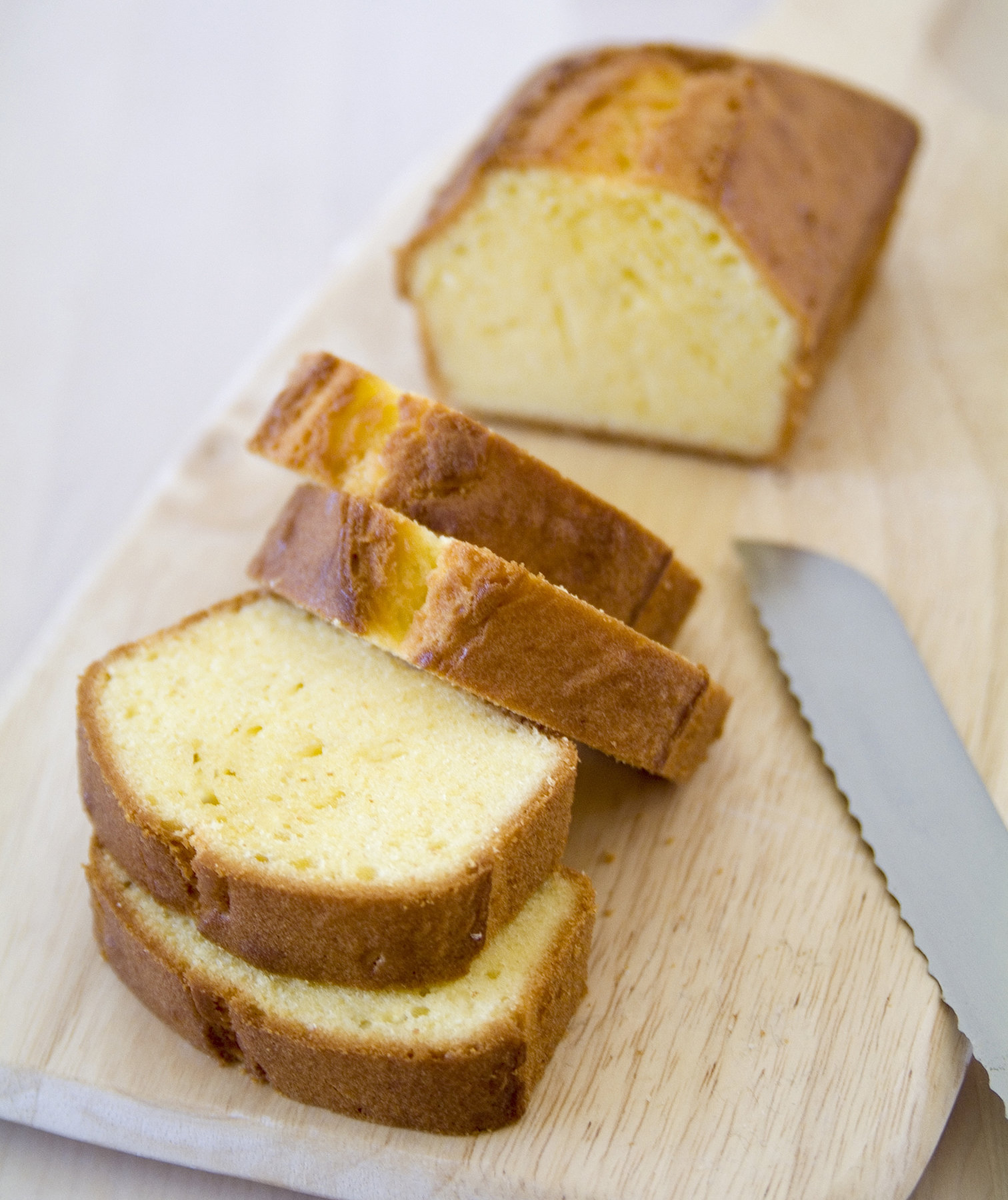 This No-Fuss Pound Cake Is the Easiest Cake That's Not From a Box