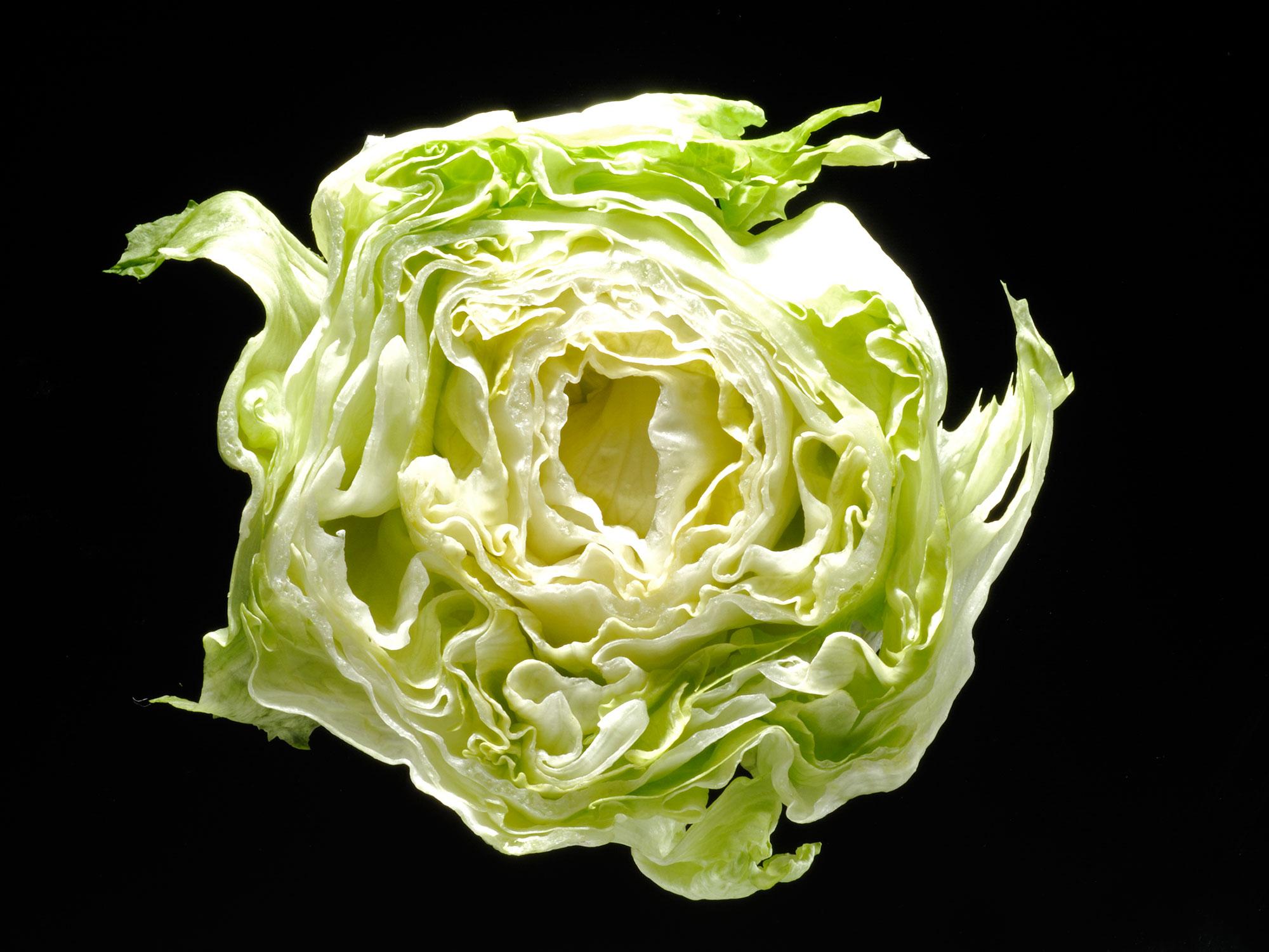 How Healthy Is Iceberg Lettuce, Exactly?