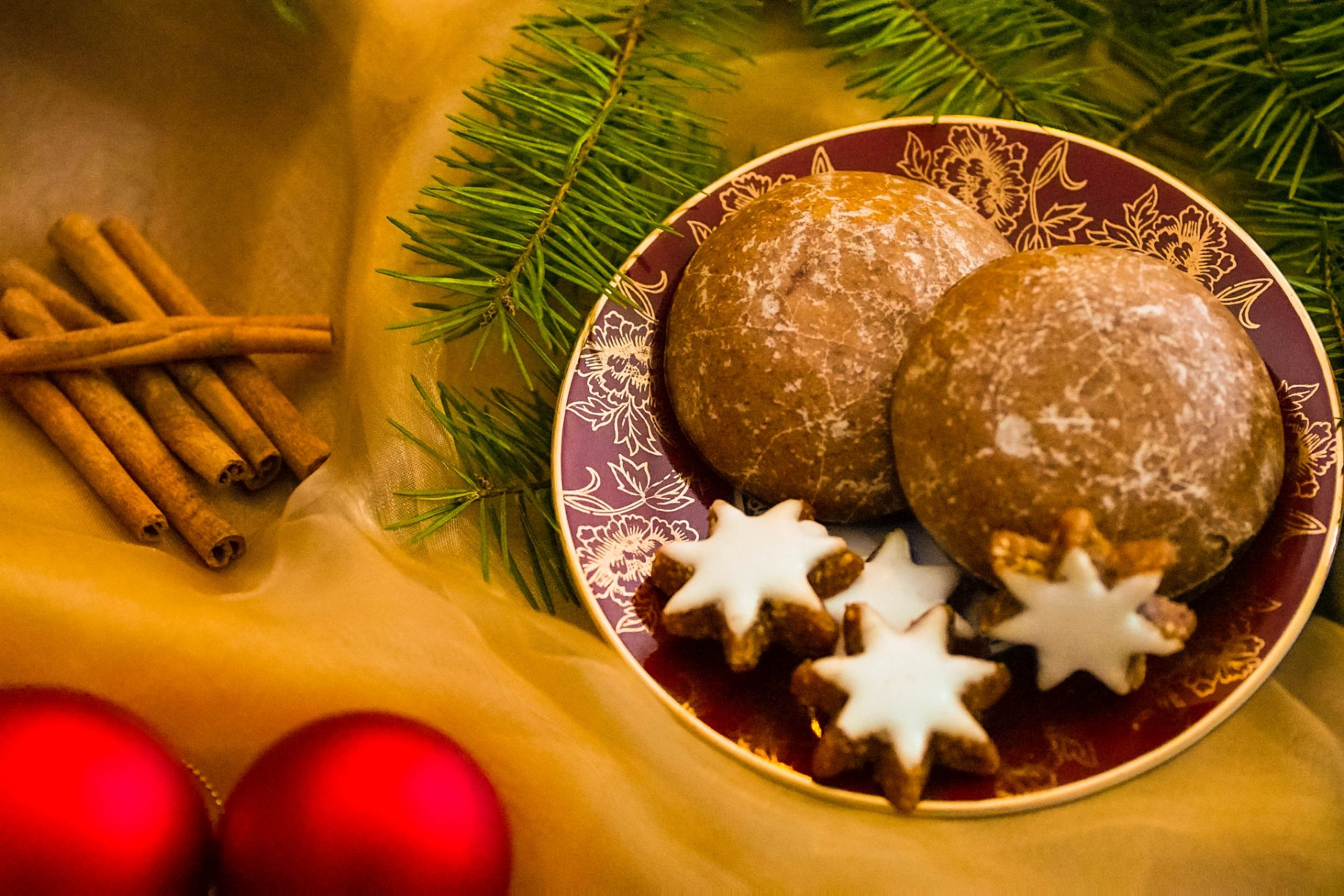 german holiday cookies lebkuchen getty.jpg